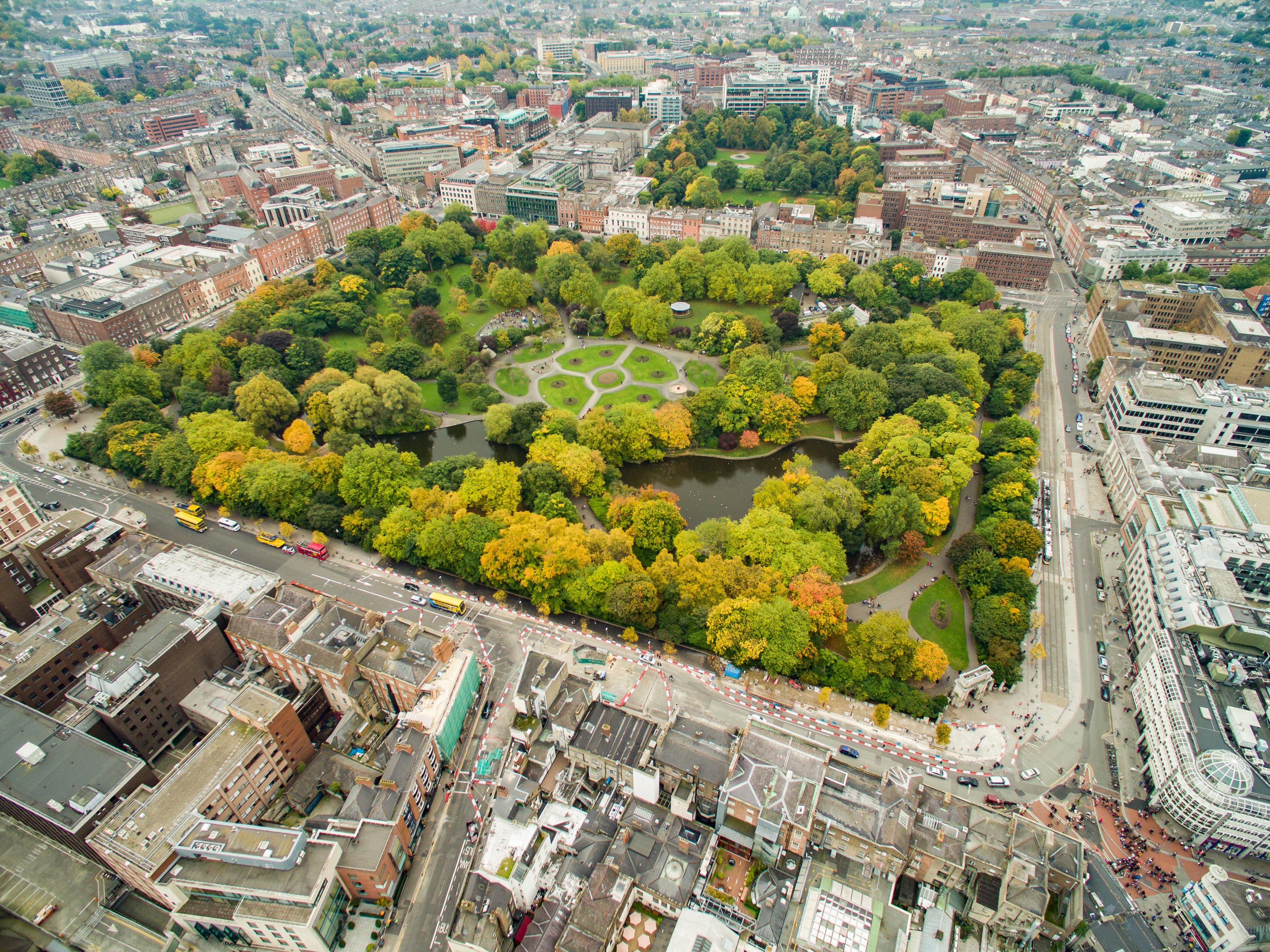 File:Park in Dublin St Stephen's Green Luftbild (21516321184).jpg -  Wikimedia Commons