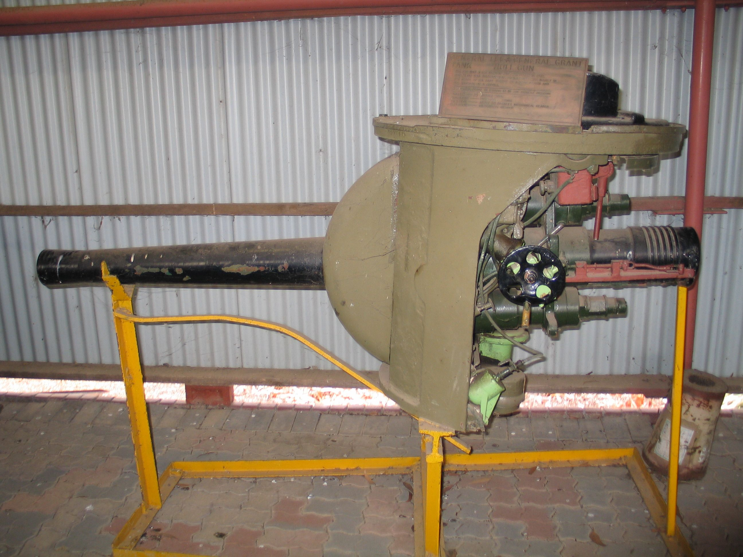 filepuckapunyal m3 lee hull gun 1jpg