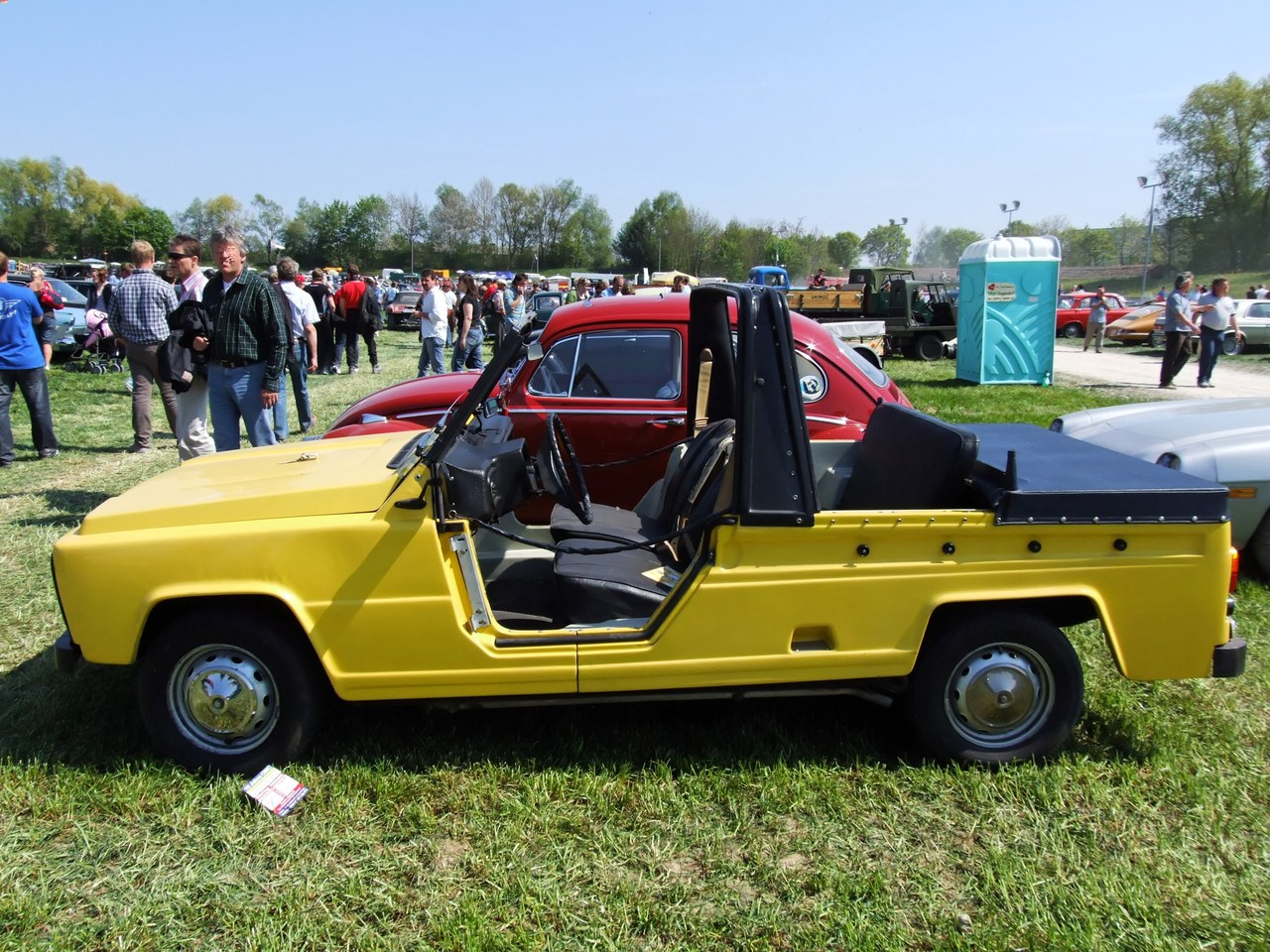 Datei renault rodeo wikipedia for Renault 6 interieur