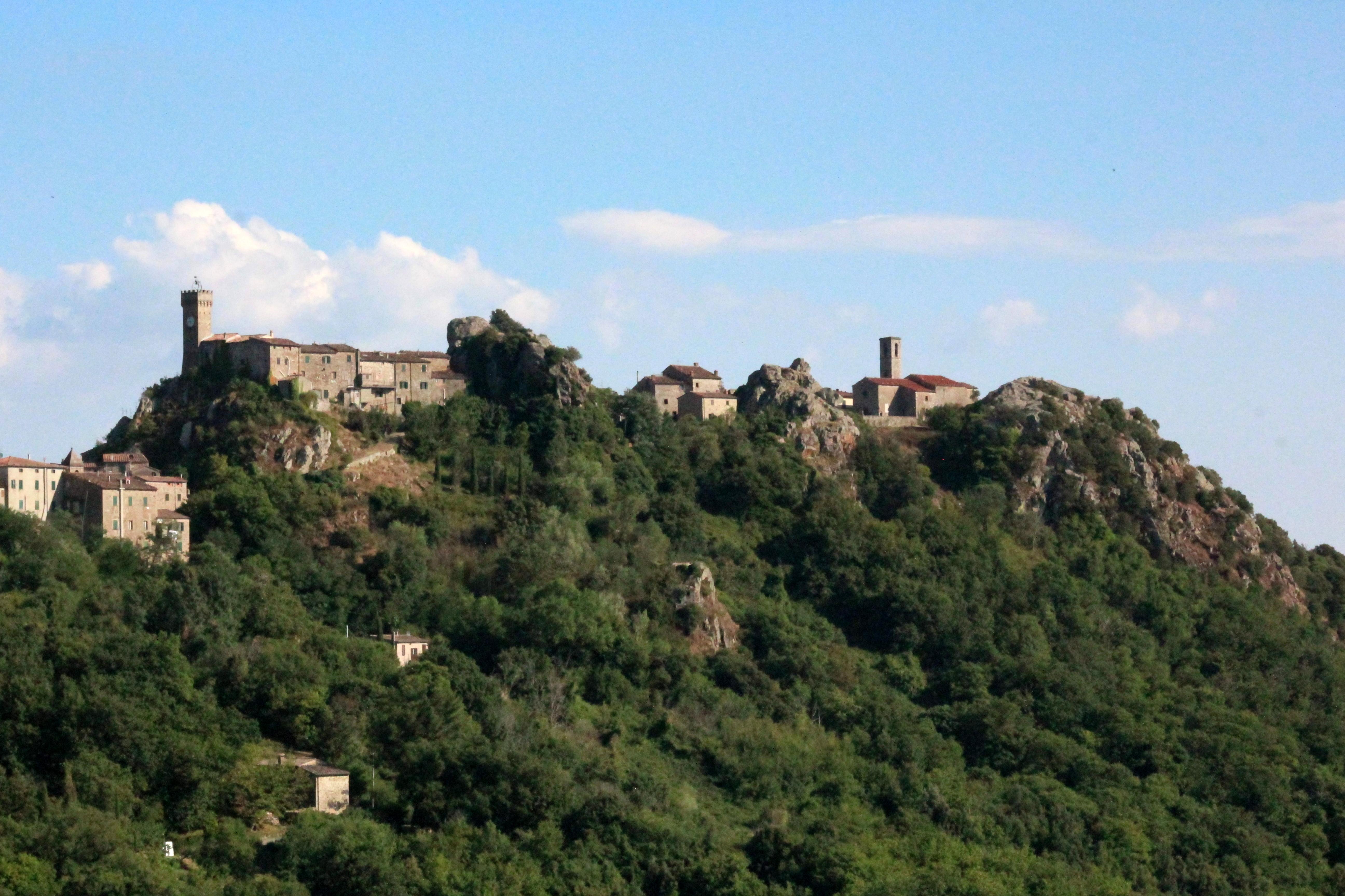 RoccatederighiPanorama2.jpg
