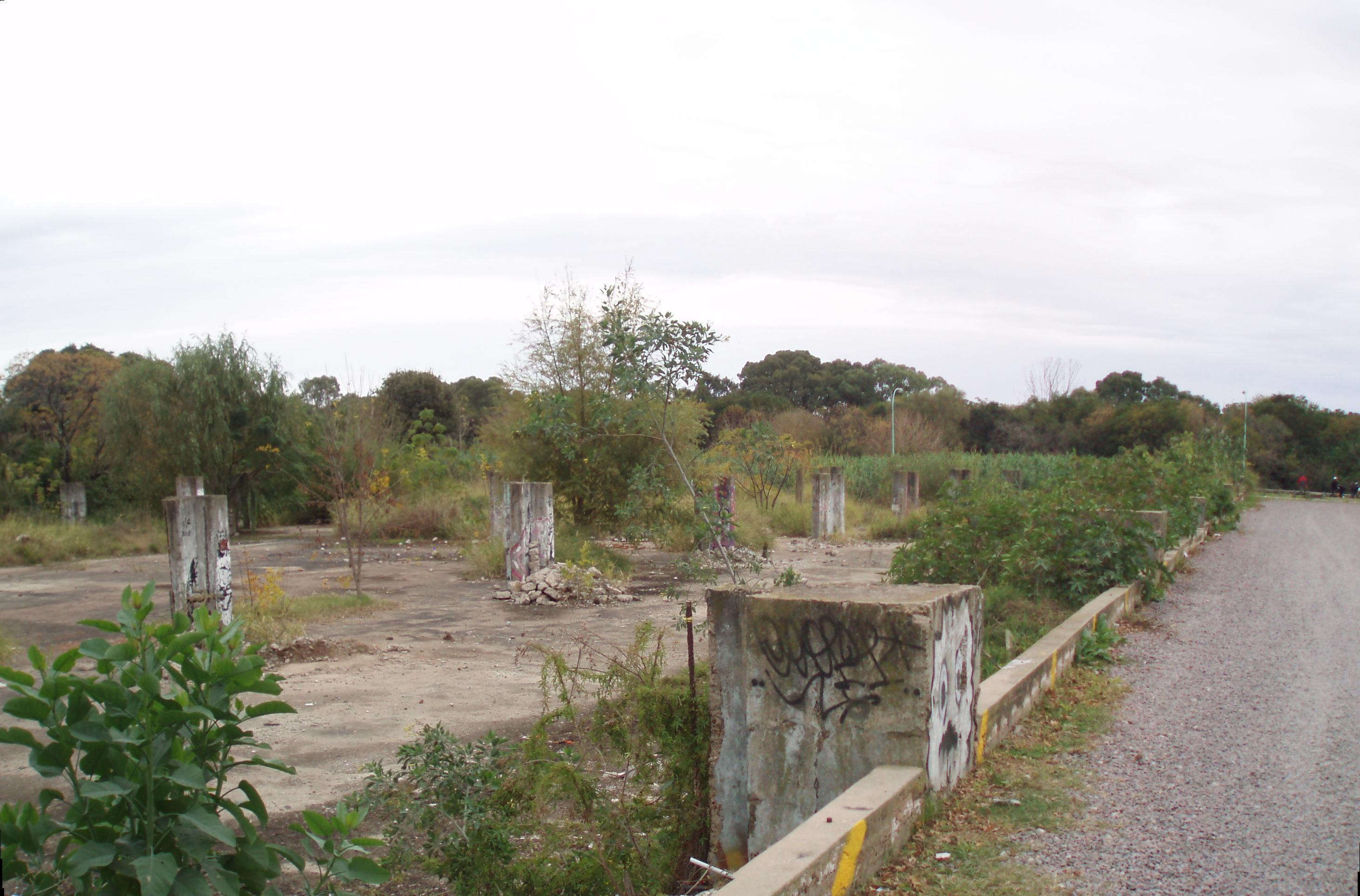 Ruinas del Pabellon 4 en Buenos Aires %282%29