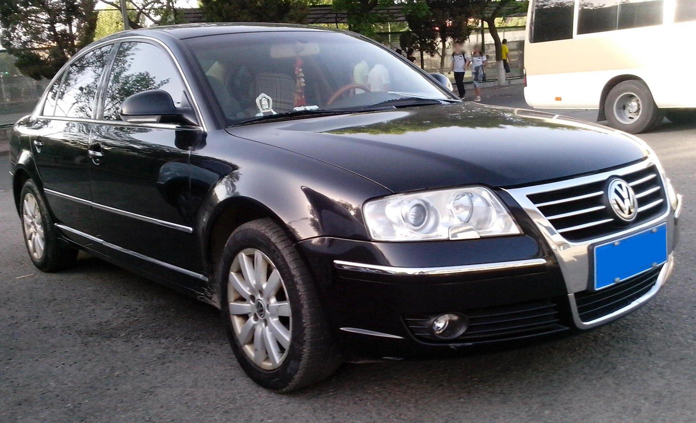 2003 Volkswagen Gol besides 23 additionally File Shanghai Volkswagen Passat Lingyu  front quarter also 14161051578 additionally 267 Mitnahme Kfz Kennzeichen Bald Bundesweit Moeglich. on 2013 vw passat