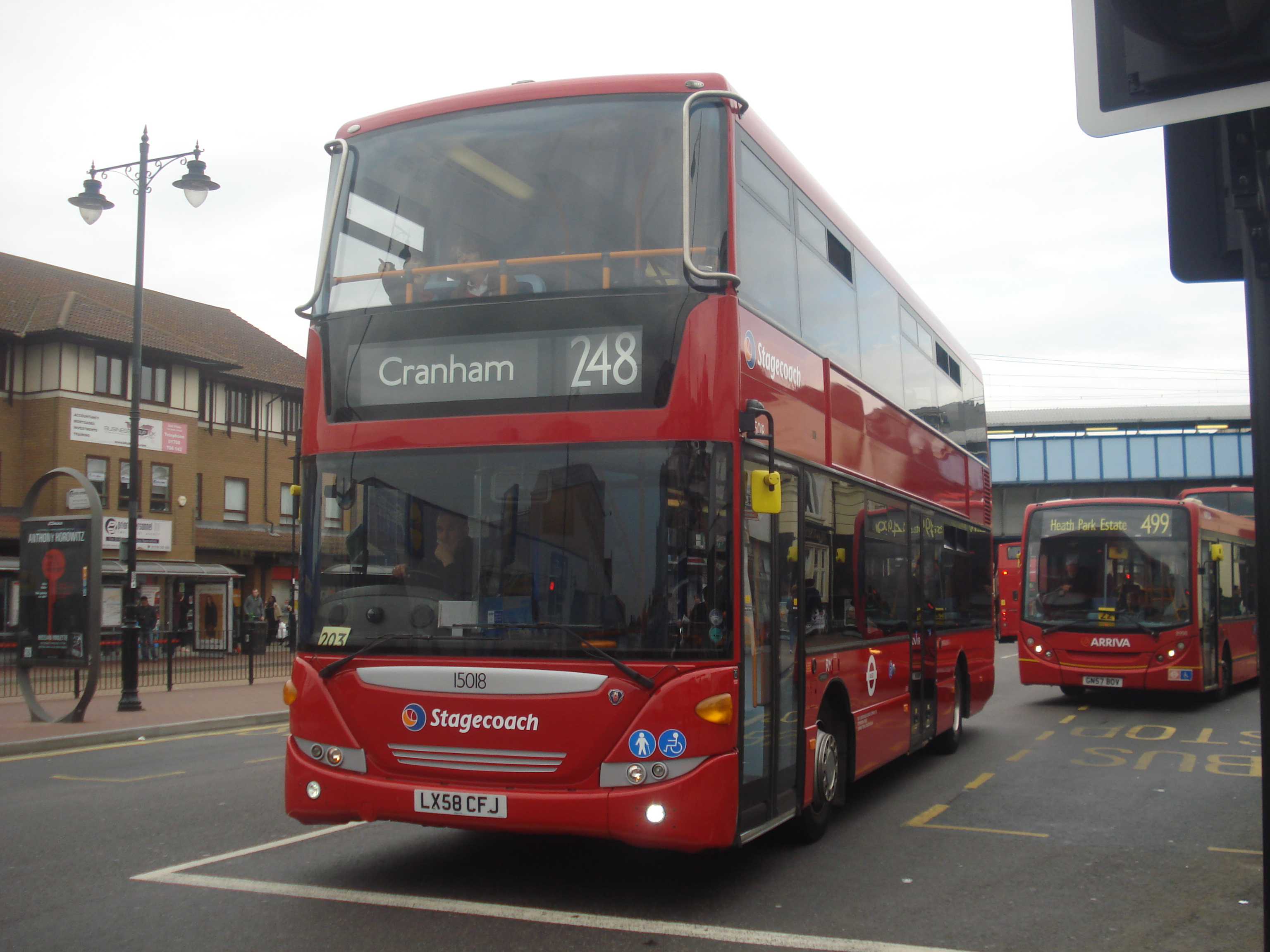 File:Stagecoach 15018 on Route 248, Romford Station.jpg