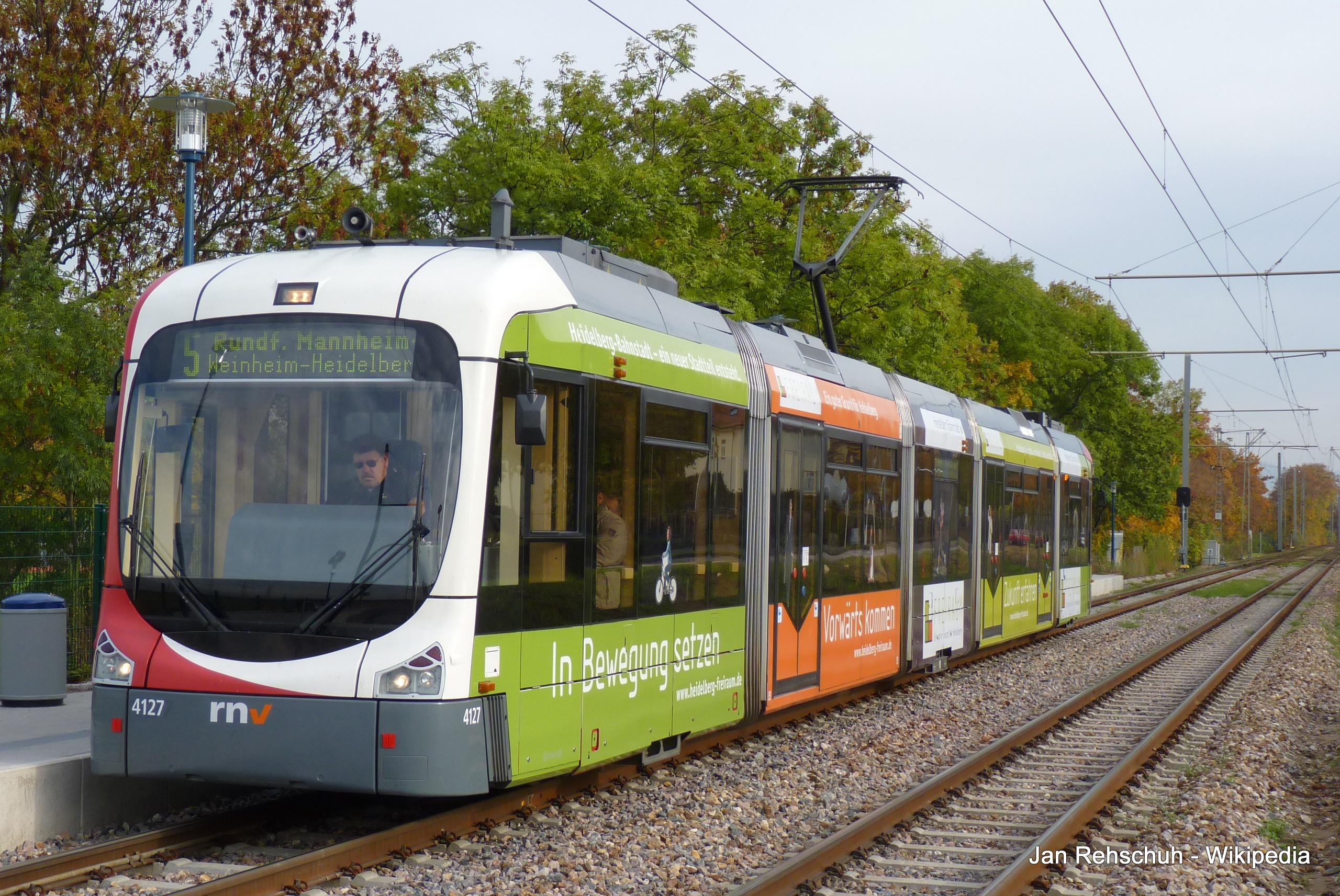 Streetcar Straßenbahn Tram Mannheim RNV Rhein-Neckar-Verbund 01.JPG