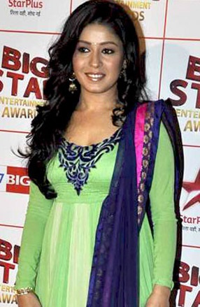 Sunidhi_Big_Star_Award.jpg