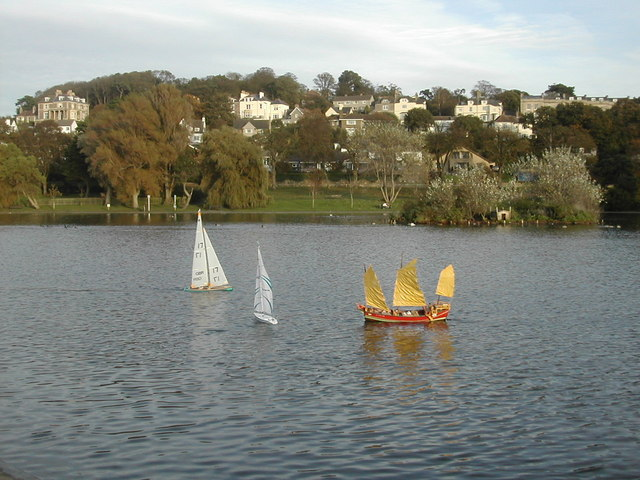 The lake at Woodhill, Portishead - geograph.org.uk - 339459