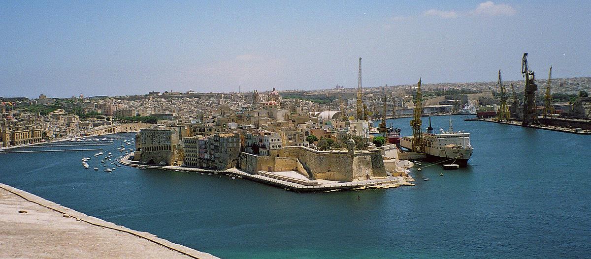 Malta  - Page 2 Valletta-Harbour