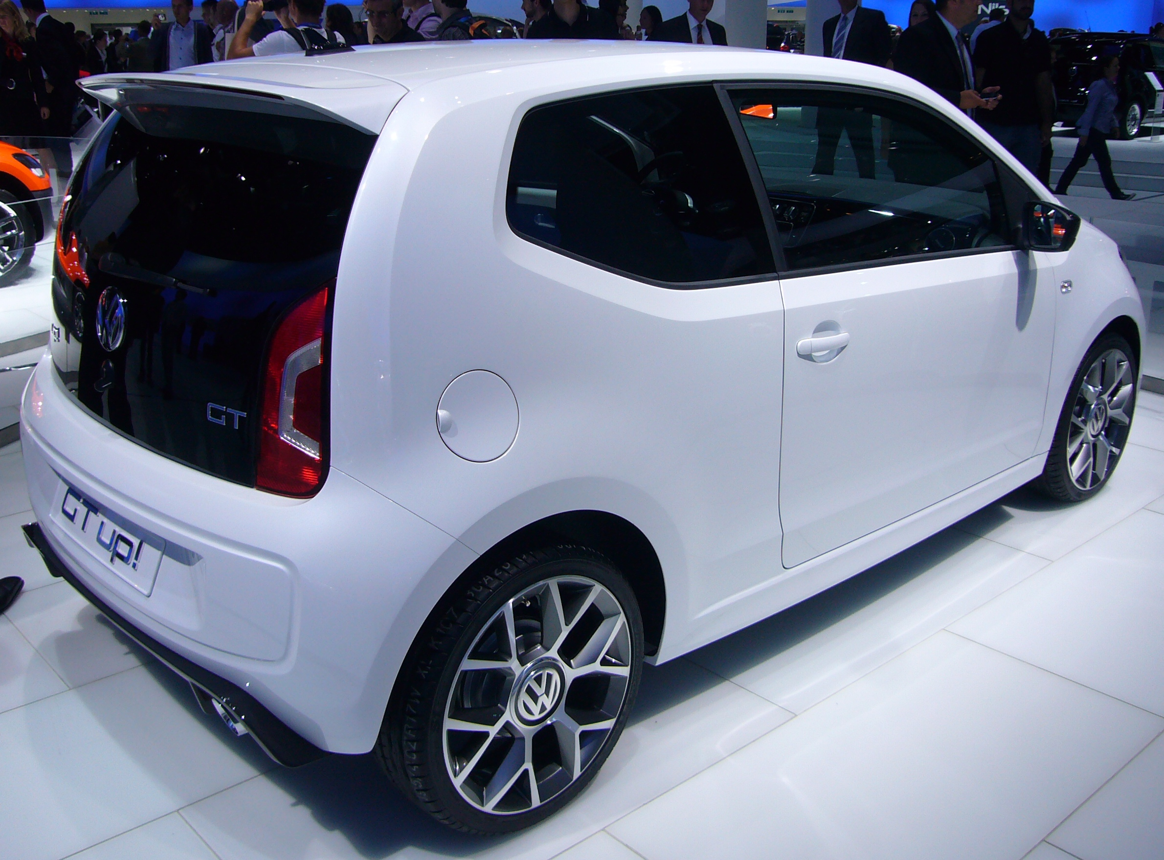 file volkswagen gt up rear quarter jpg wikimedia commons. Black Bedroom Furniture Sets. Home Design Ideas