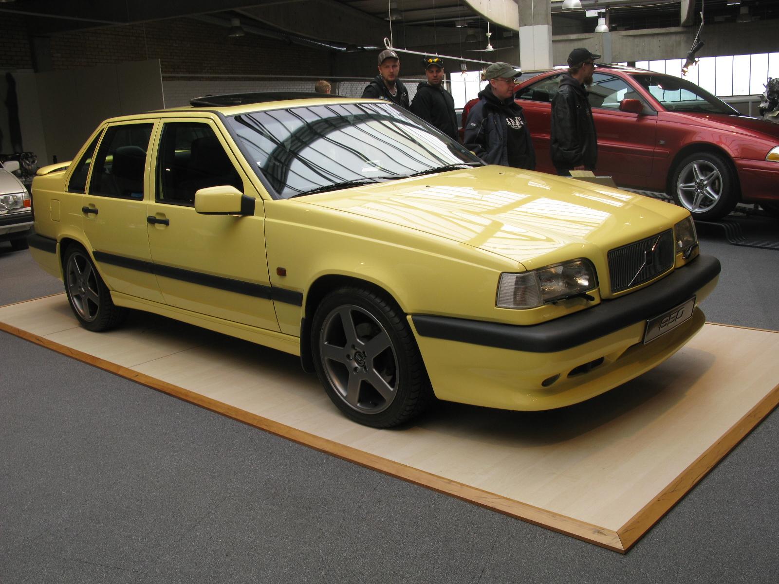 File:Volvo 850 T5R (15191897832).jpg - Wikimedia Commons
