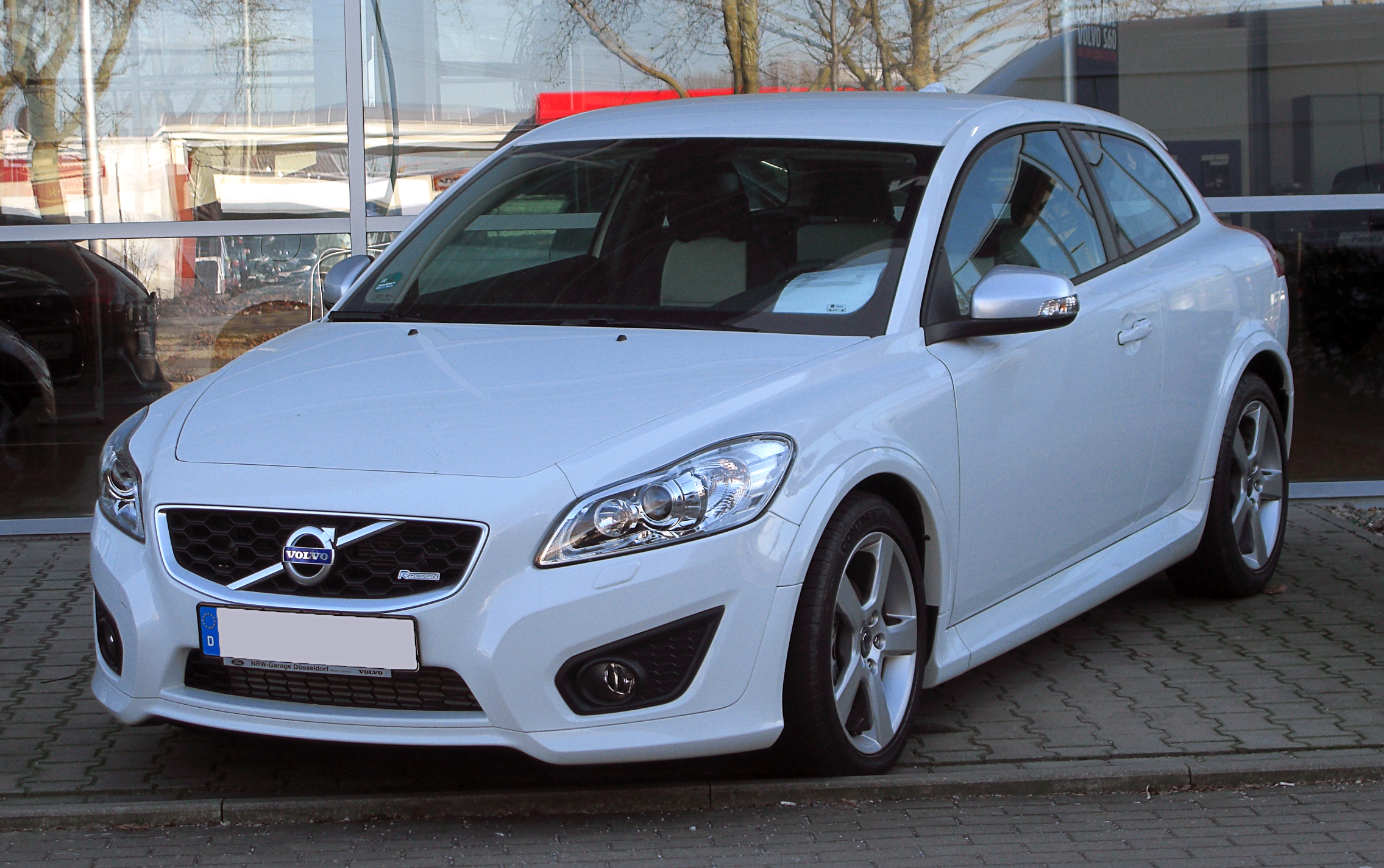 file volvo c30 d2 r design facelift frontansicht 7 m rz 2011 d wikimedia. Black Bedroom Furniture Sets. Home Design Ideas