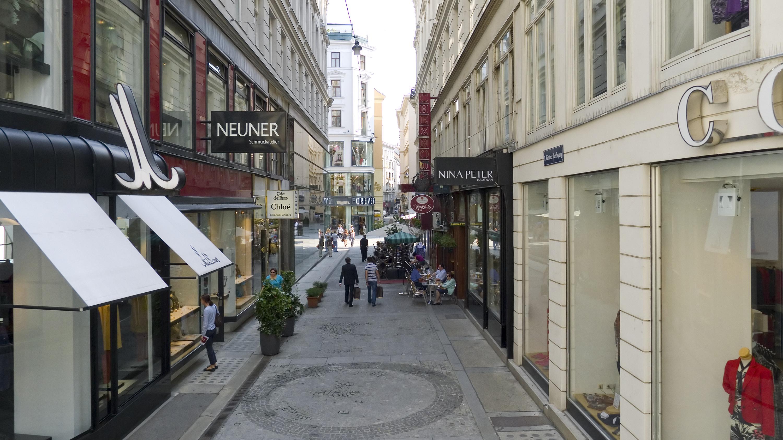 Wien 01 Kärntner Durchgang a.jpg