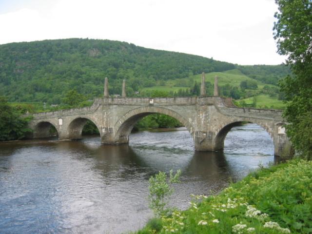 Мост через реку Тей в Aberfeldy