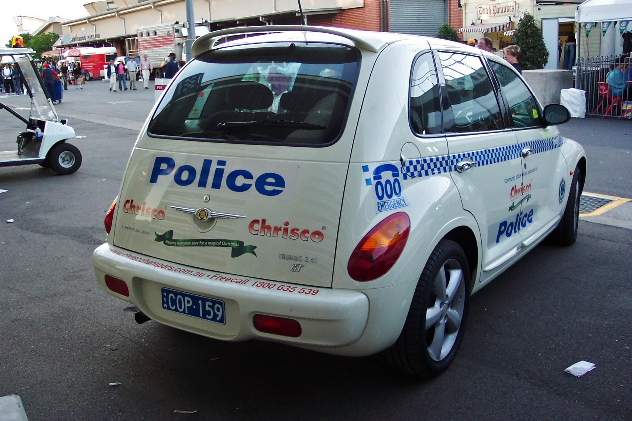 File:2005 Chrysler PT Cruiser GT - NSW Police (5493353872).jpg
