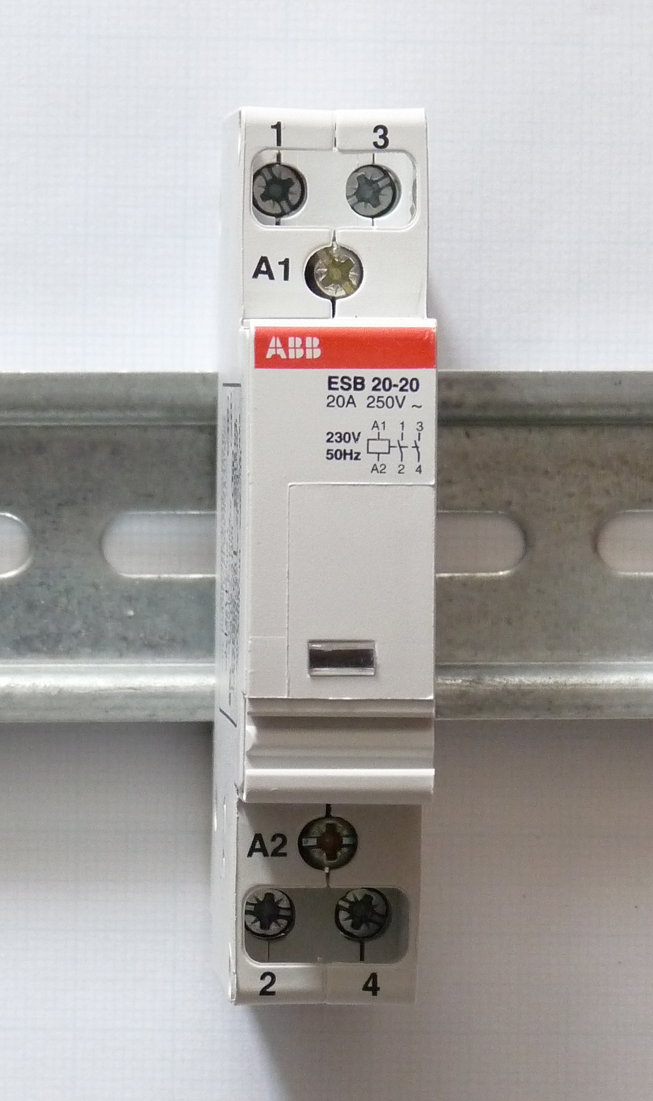 File:ABB ESB 20-20.JPG - Wikimedia Commons