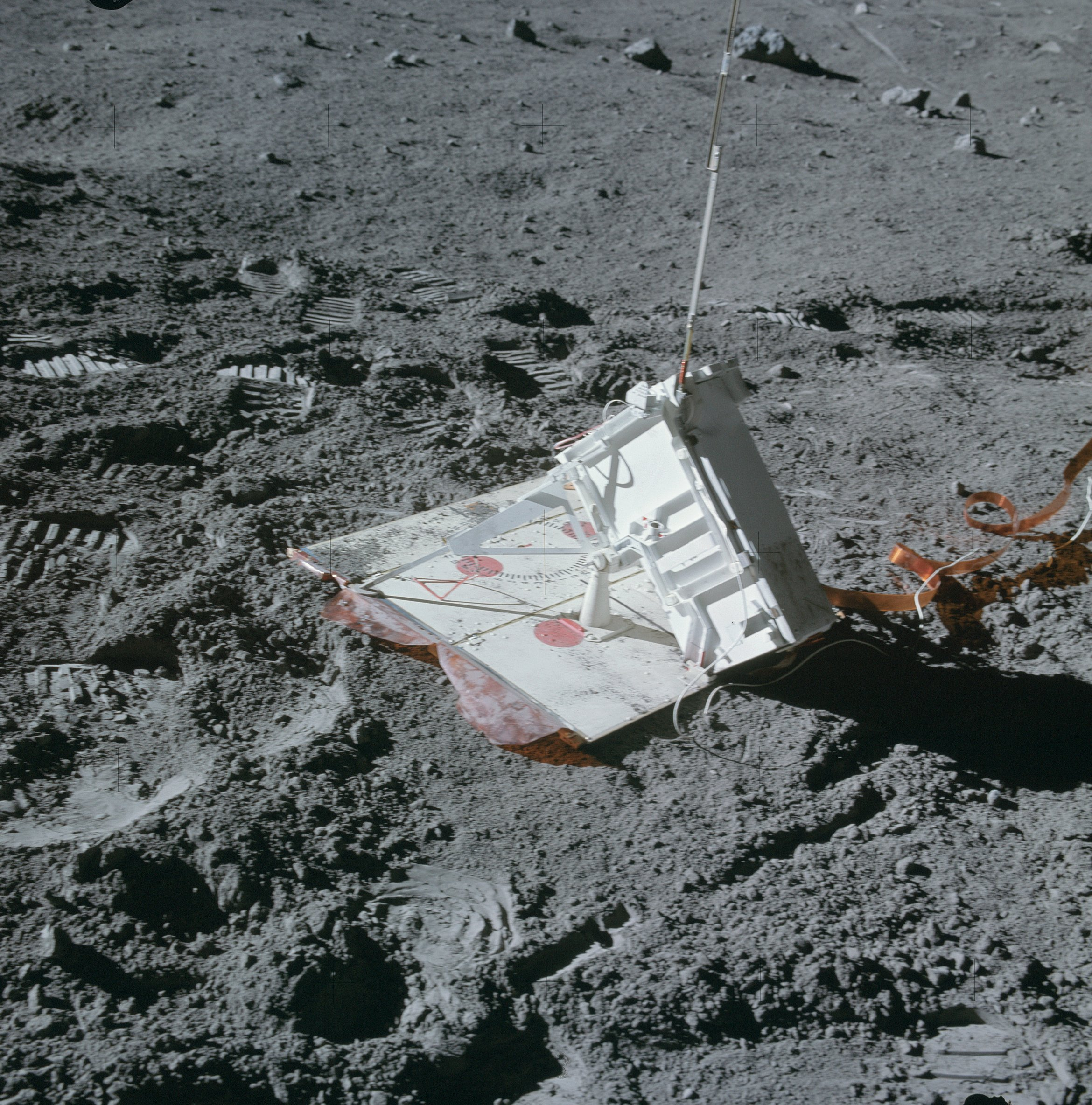 The mortar used by Apollo 16 to conduct seismic ...