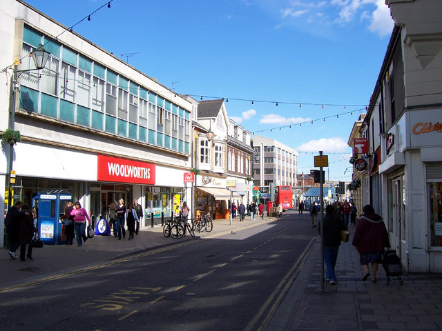 A Sunny Spring Afternoon in Grimsby - geograph.org.uk - 144850
