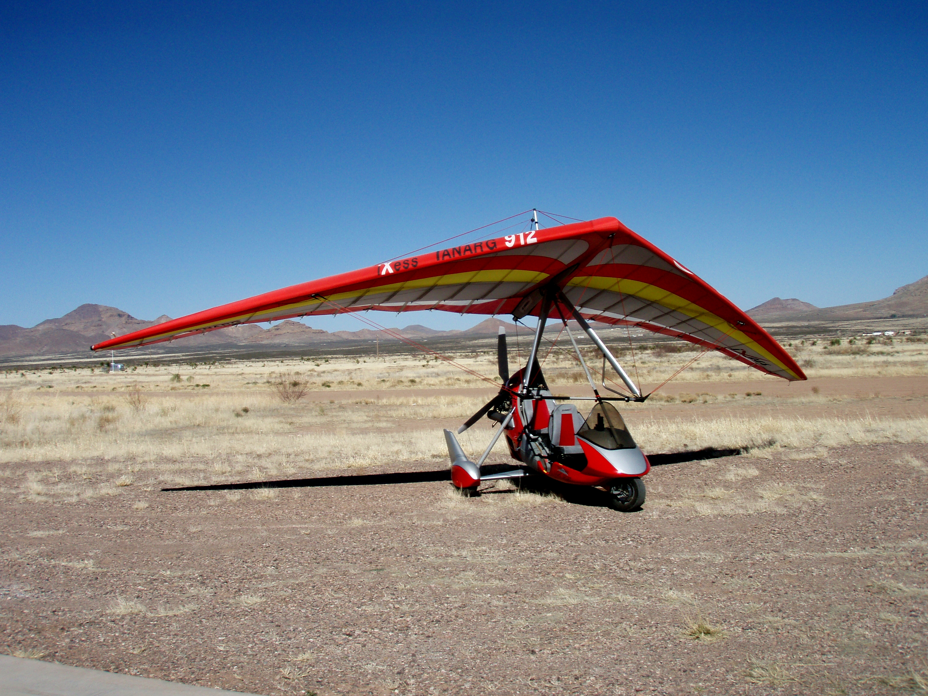 ultralight trike North wing manufactures high quality, weight shift control light sport aircraft, ultralight trikes, trike wings, and hang gliders that are fun to fly built in the.