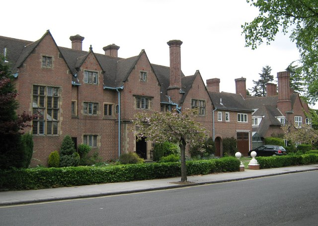 File arts and crafts style house amesbury road moseley - Arts and crafts style homes ...