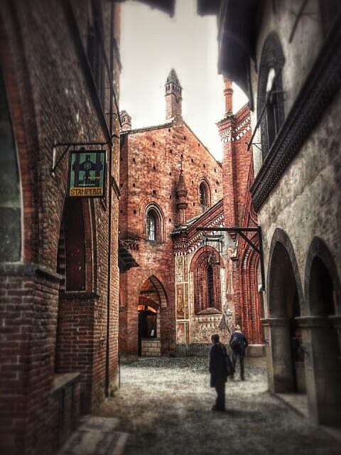 Ruelle du Borgo medievale de Turin - Photo de Lo Sky