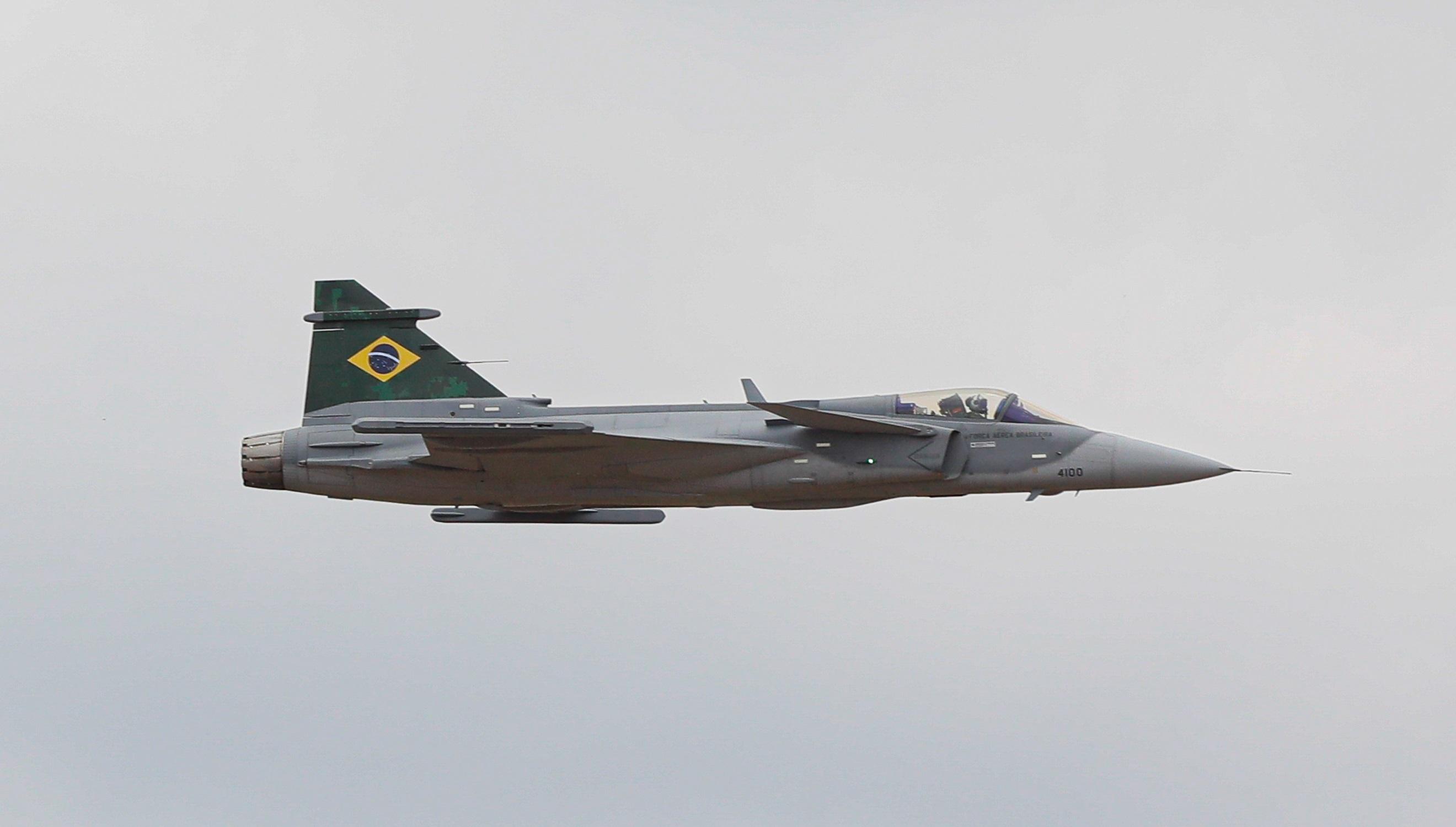 File:Brazilian Gripen F-39E (cropped).jpg - Wikimedia Commons