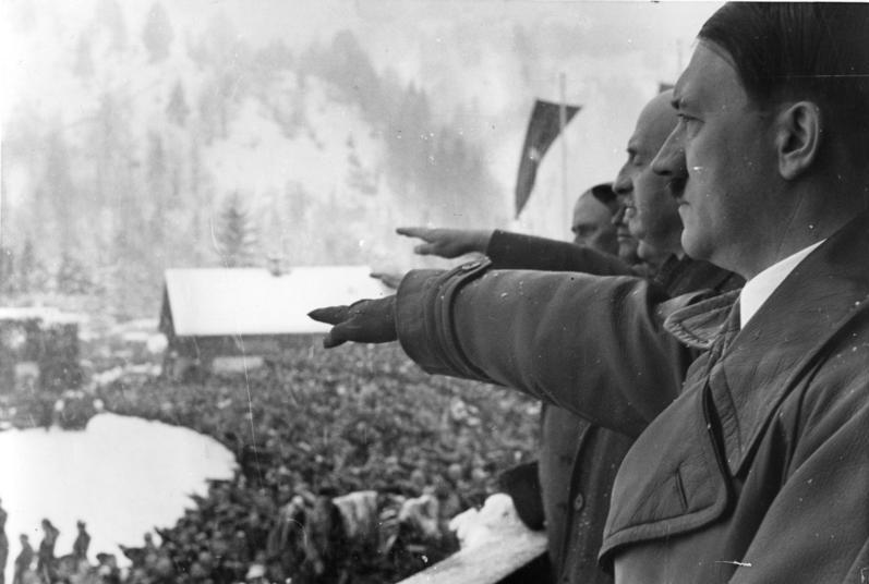 Bundesarchiv R 8076 Bild-0008, Olympische Winterspiele.- Eröffnung.jpg