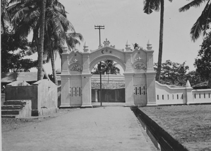 Luar Batang Mosque Wikipedia