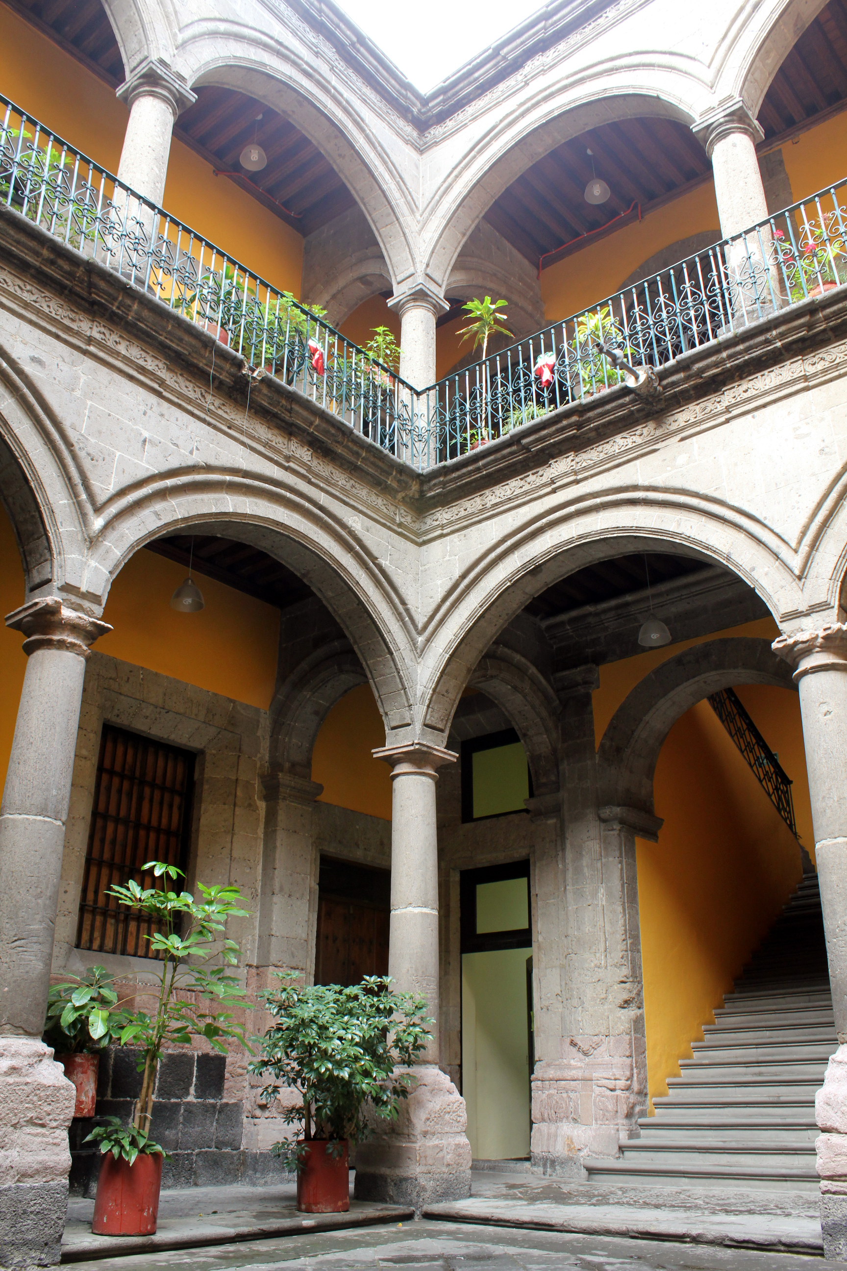 Decoracion De Casas Salones Peque Ef Bf Bdos Con Cimeneas Decorativas