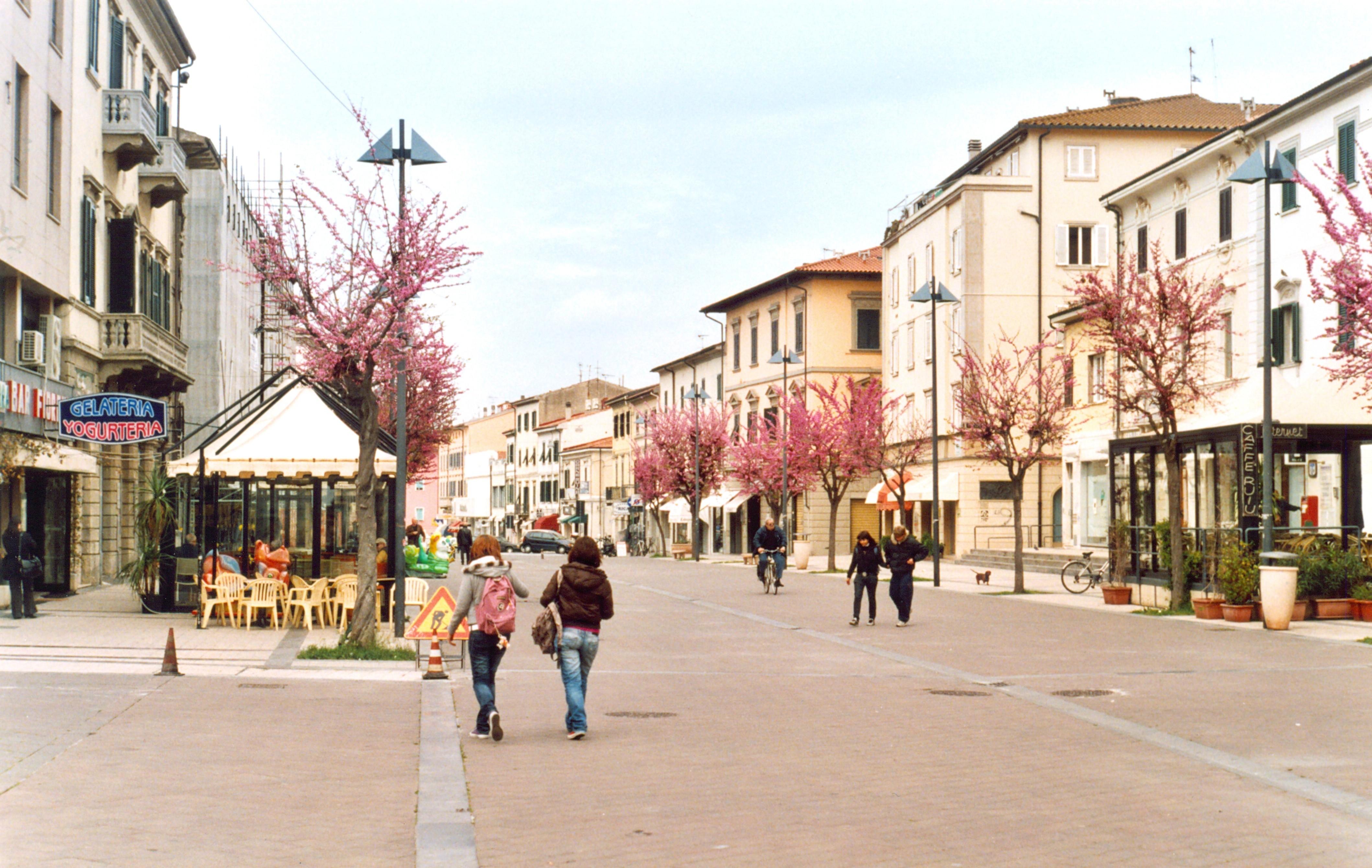 Marina di Cecina Italy  city photo : Fil:Cecina 1 – Wikipedia