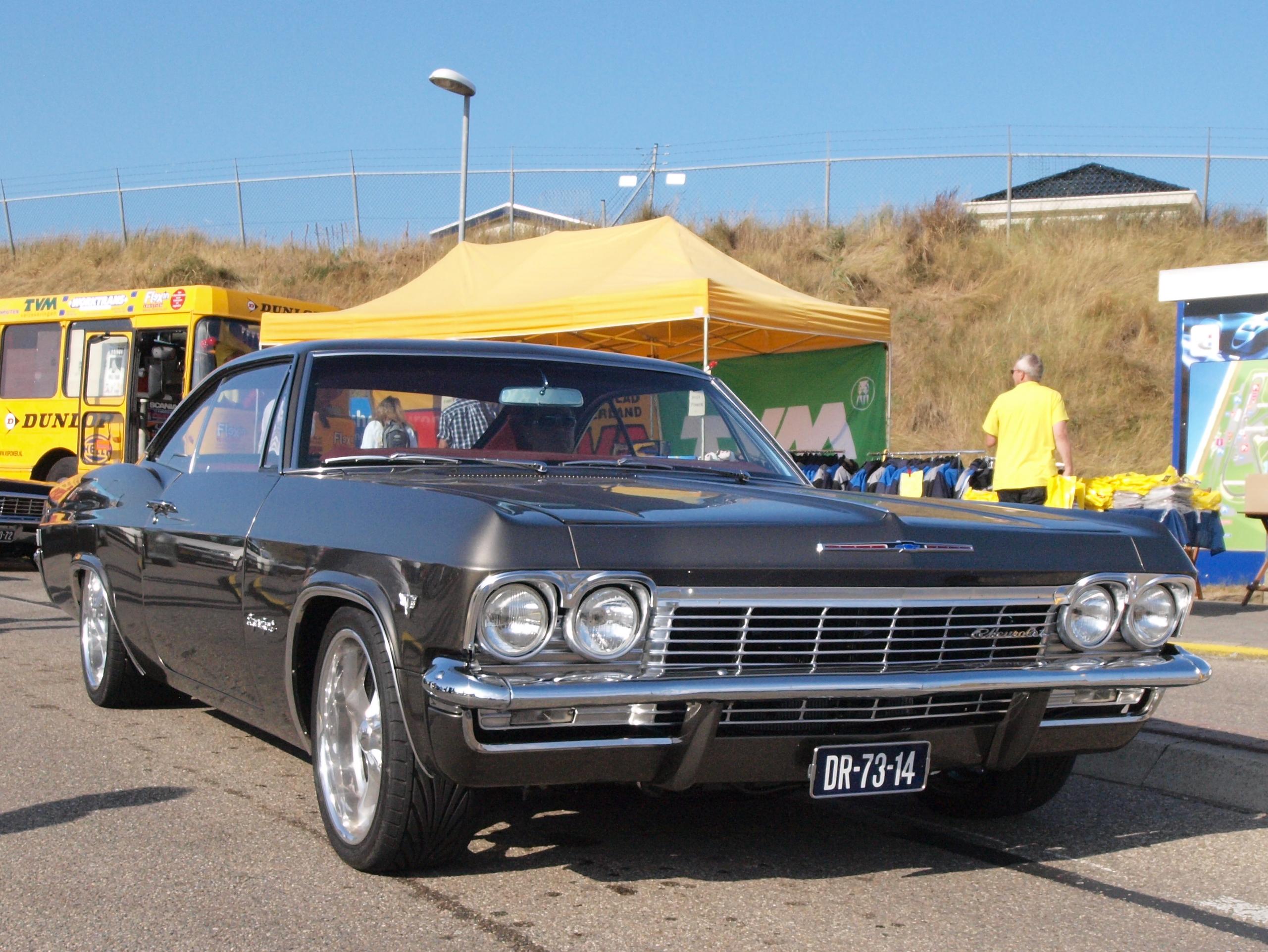 File:Chevrolet Impala Super Sport dutch licence registration DR-73