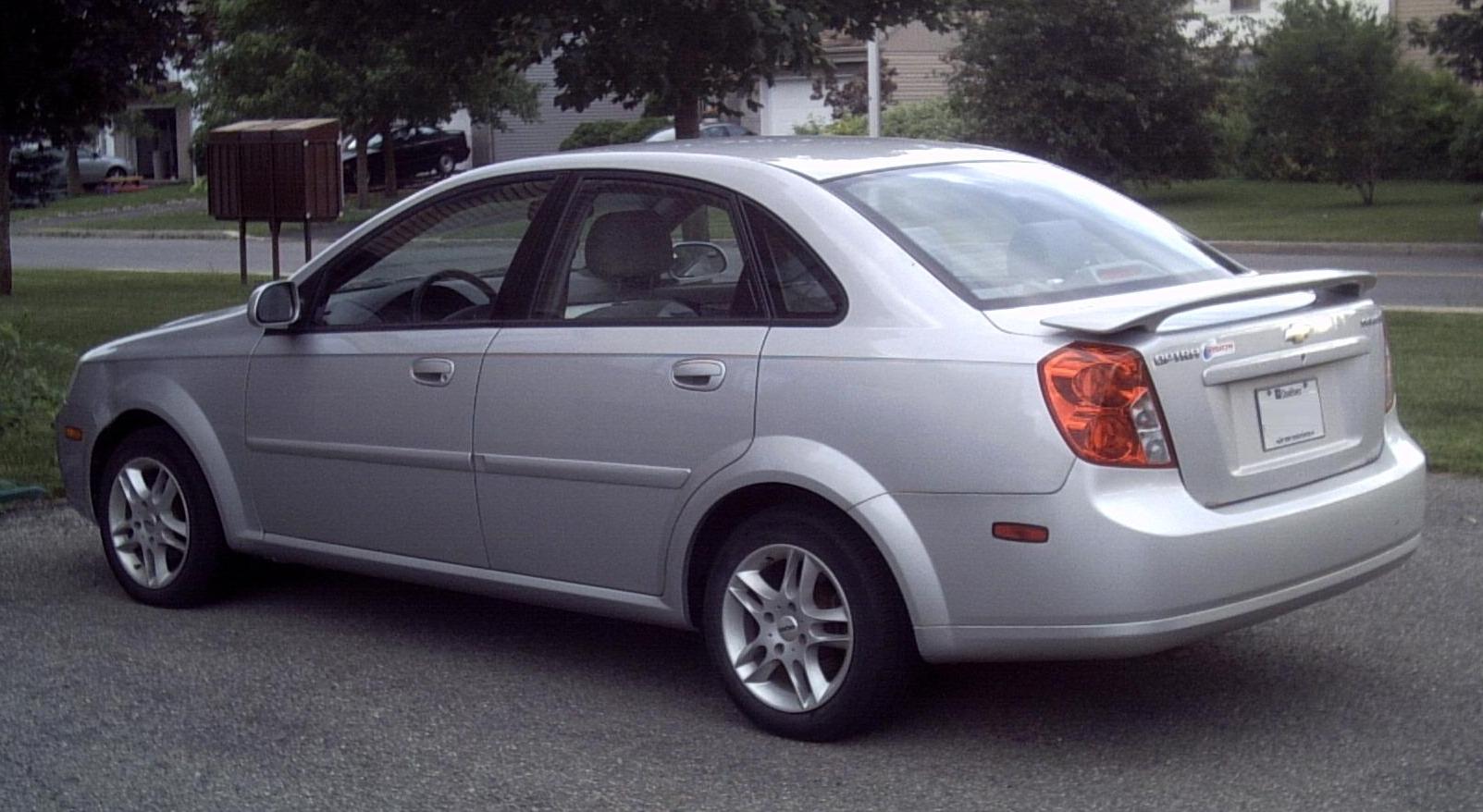 File:Chevrolet Optra 2004-05.JPG - Wikimedia Commons
