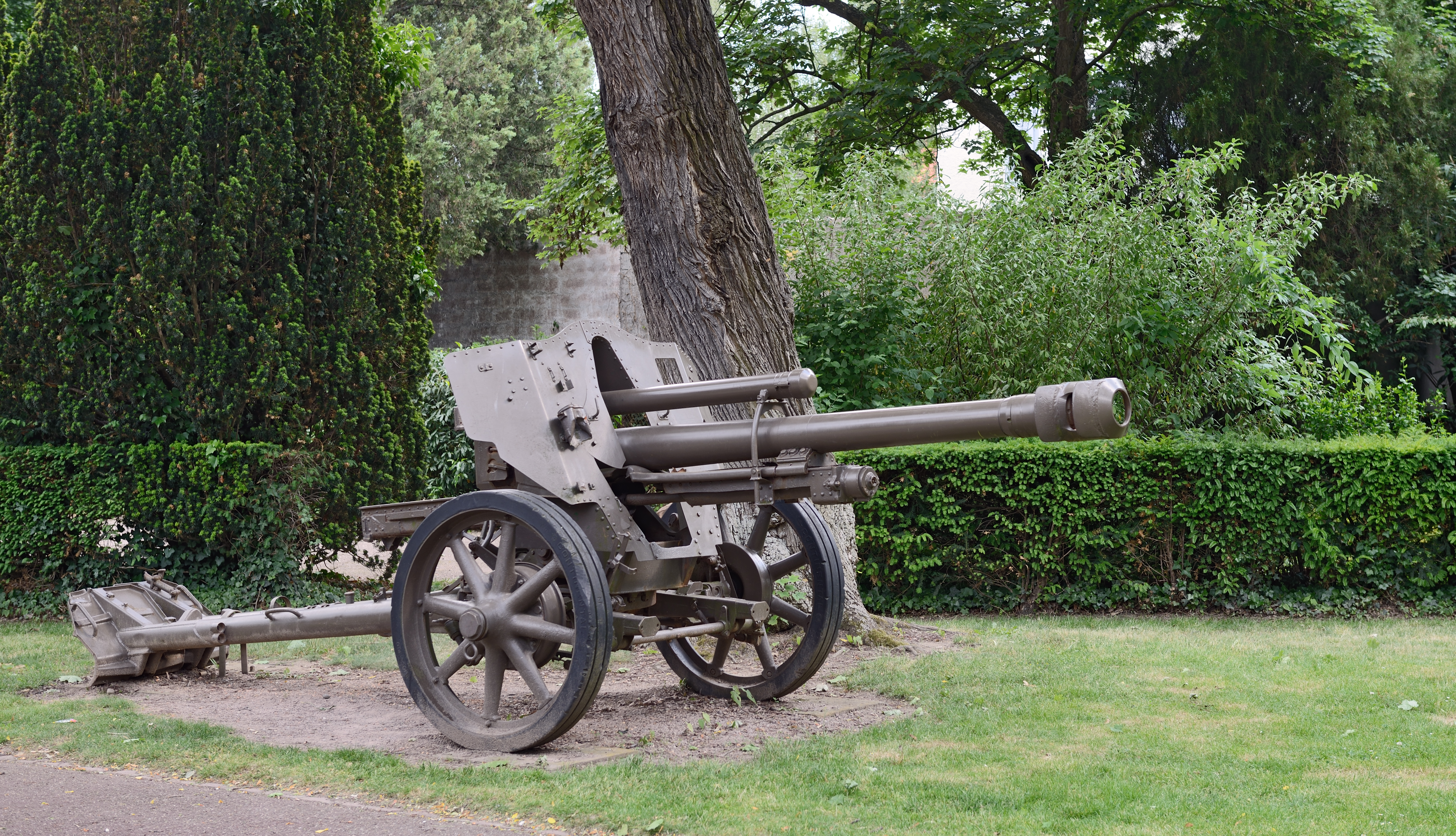 File Colmar Jardin du souvenir fran§ais canon Wikimedia mons