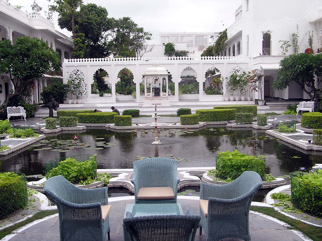 Udaipur Lake Palace Room Rates