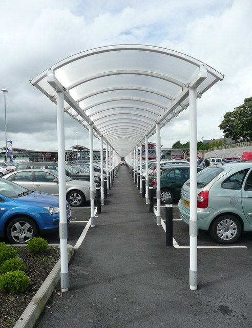 File Covered Walkway In The Tesco Car Park Carmarthen