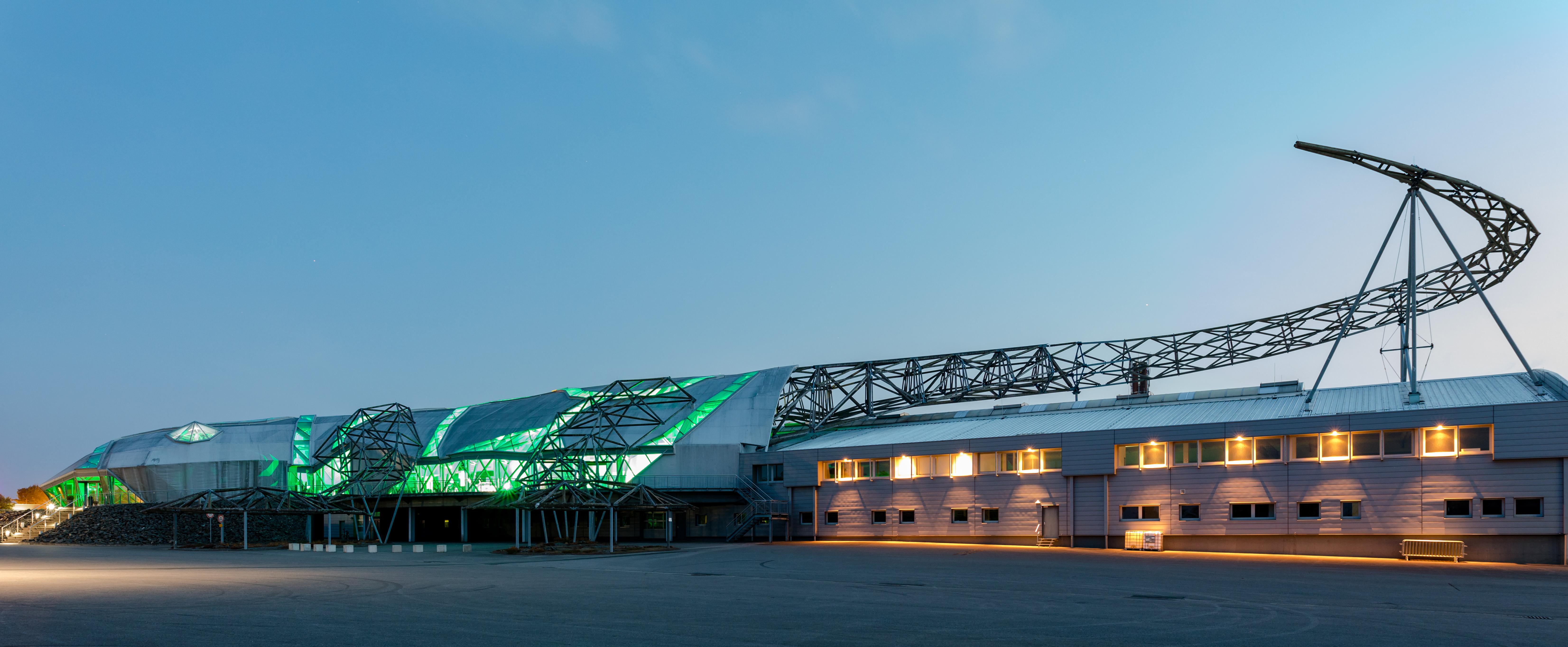 Sports Cars, Dülmen, North Rhine-Westphalia, Germany (2018) German Vorbereitungen zum Open-Air-Konzert des Dülmener Sommers bei Wiesmann Sports Cars, Dülmen