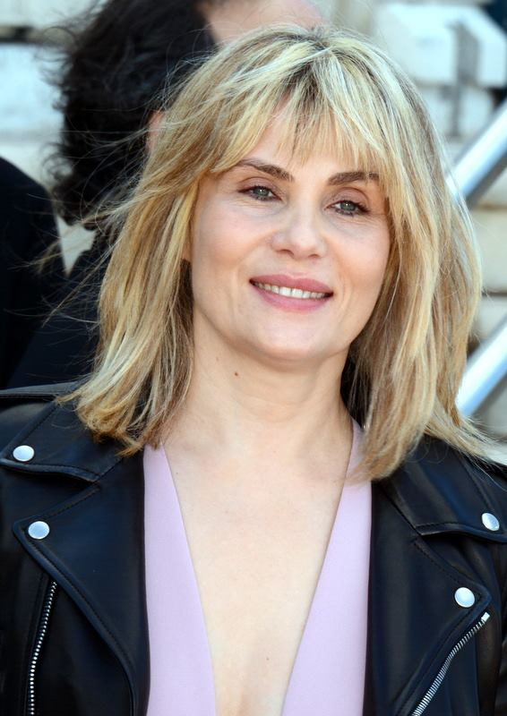 The 50-year old son of father (?) and mother(?), 176 cm tall Emmanuelle Seigner in 2017 photo