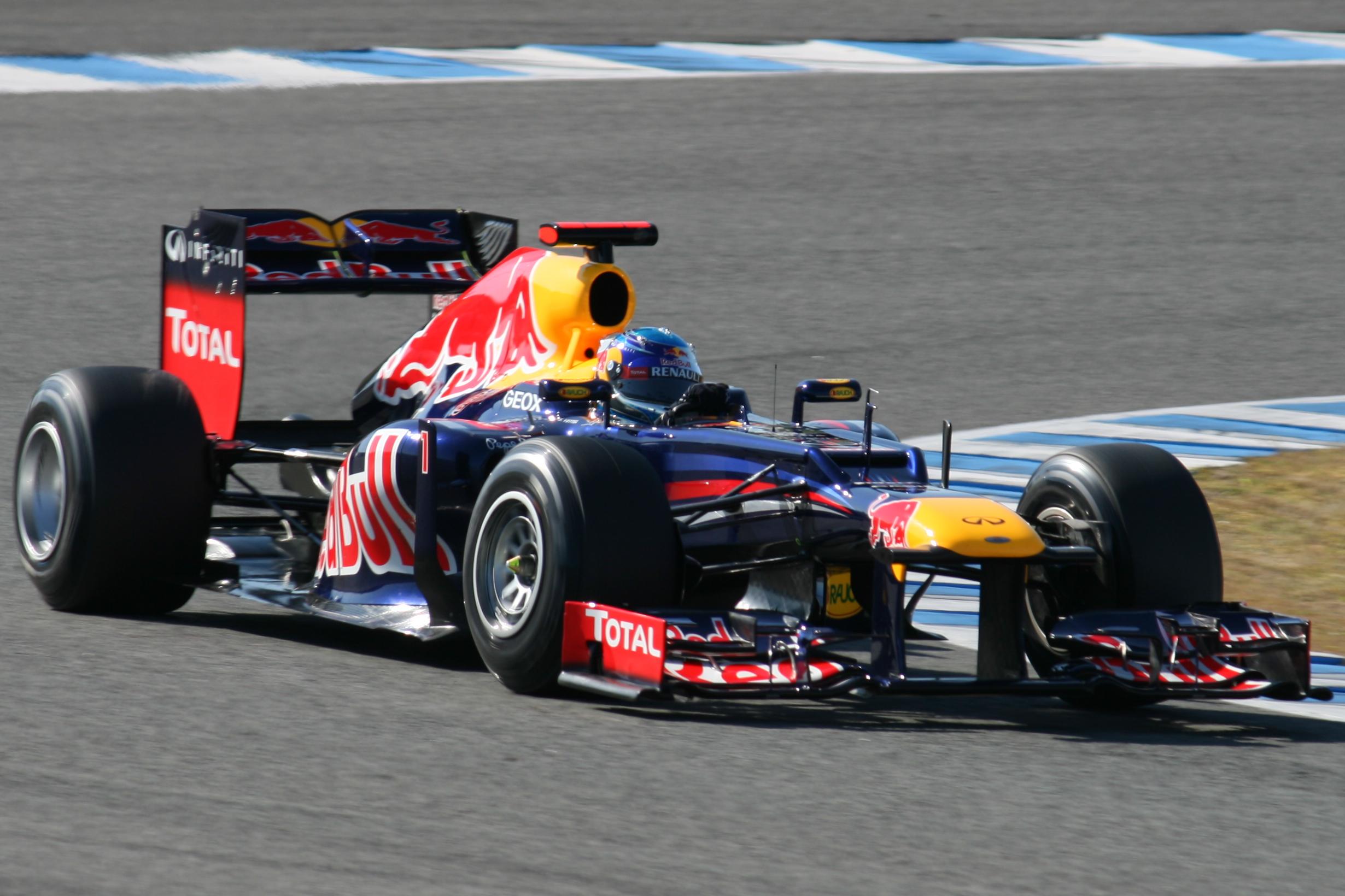 File:F1 2012 Jerez test - Red Bull 2.jpg - Wikipedia