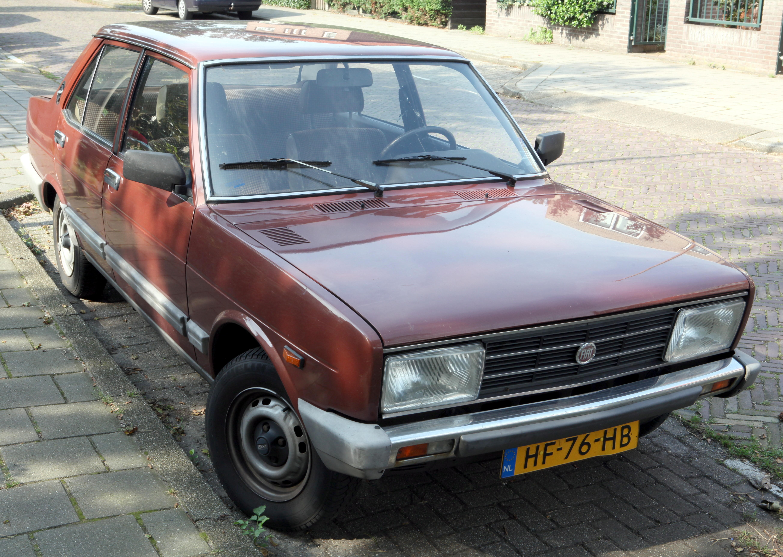 Cars Under 2000 >> File:Fiat 131 Mirafiori CL 1600 - Flickr - Joost J. Bakker IJmuiden.jpg - Wikimedia Commons