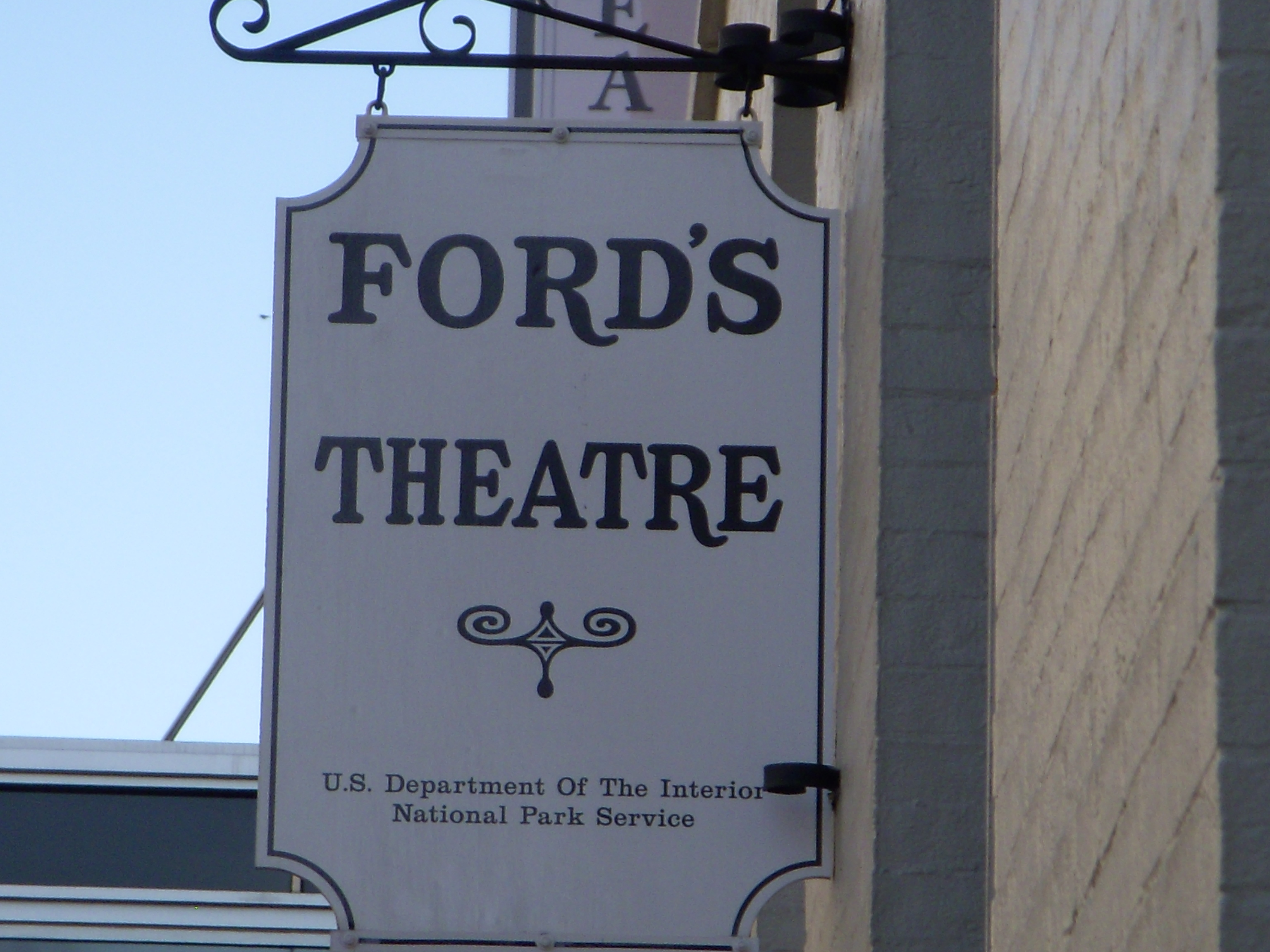 file:ford's theater - wikimedia commons