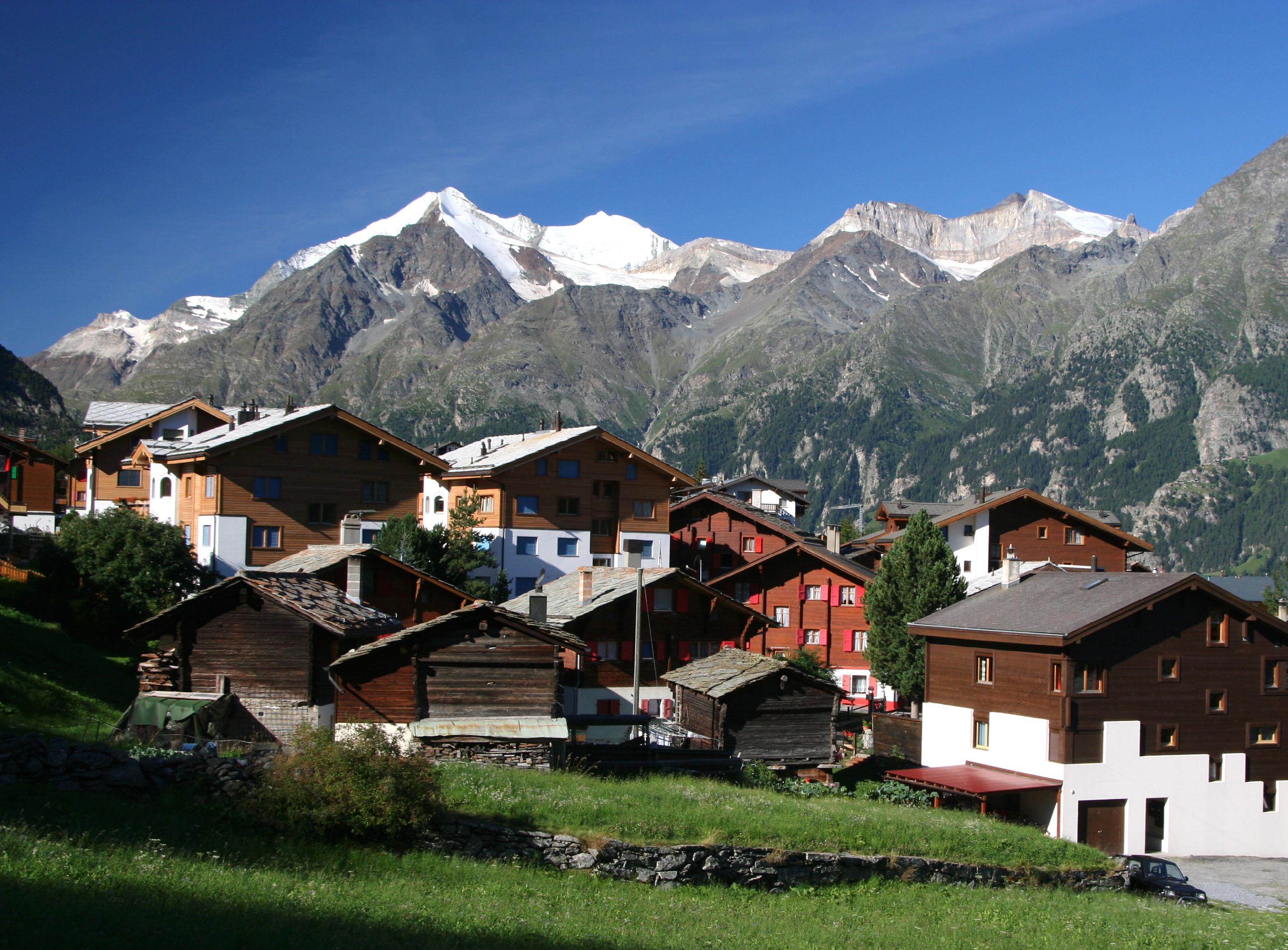 Grachen Switzerland  city photos gallery : Description Grächen