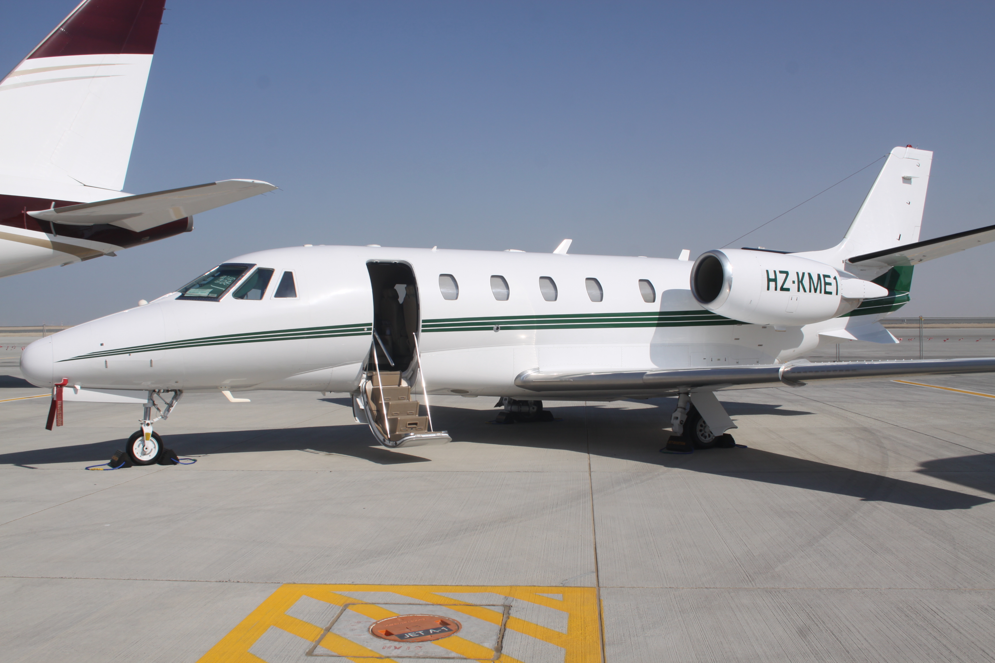 File Hz Kme1 Cessna Citation Excel 8559926261 Jpg