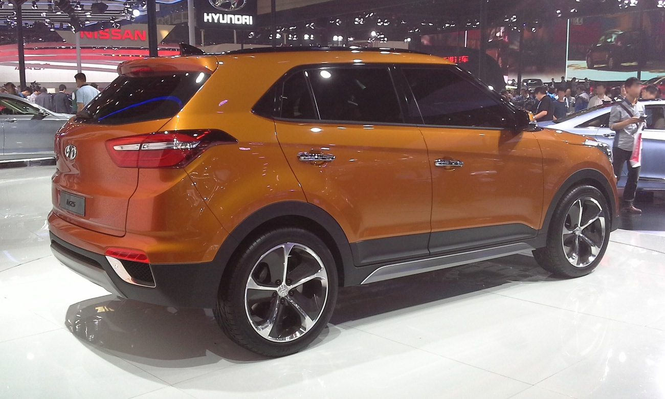 compact front moscow new depositphotos suv car creta of russia stock photo hyundai ru is crossover test yandex june by this