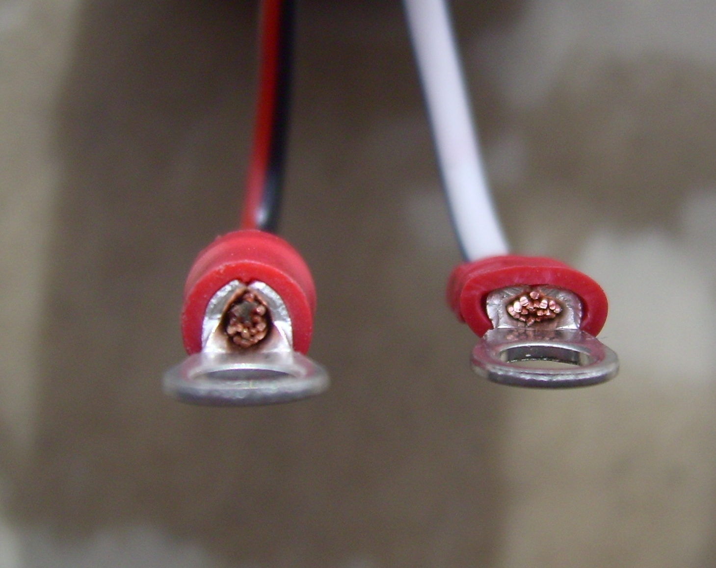 Crimp Electrical Wikipedia Wiring Also Electric 4 Wire Range Outlet Extension Cord Close Up Of A Ring Tongue Terminal More Specialized Connectors Are Used For Example As Signal On Coaxial Cables