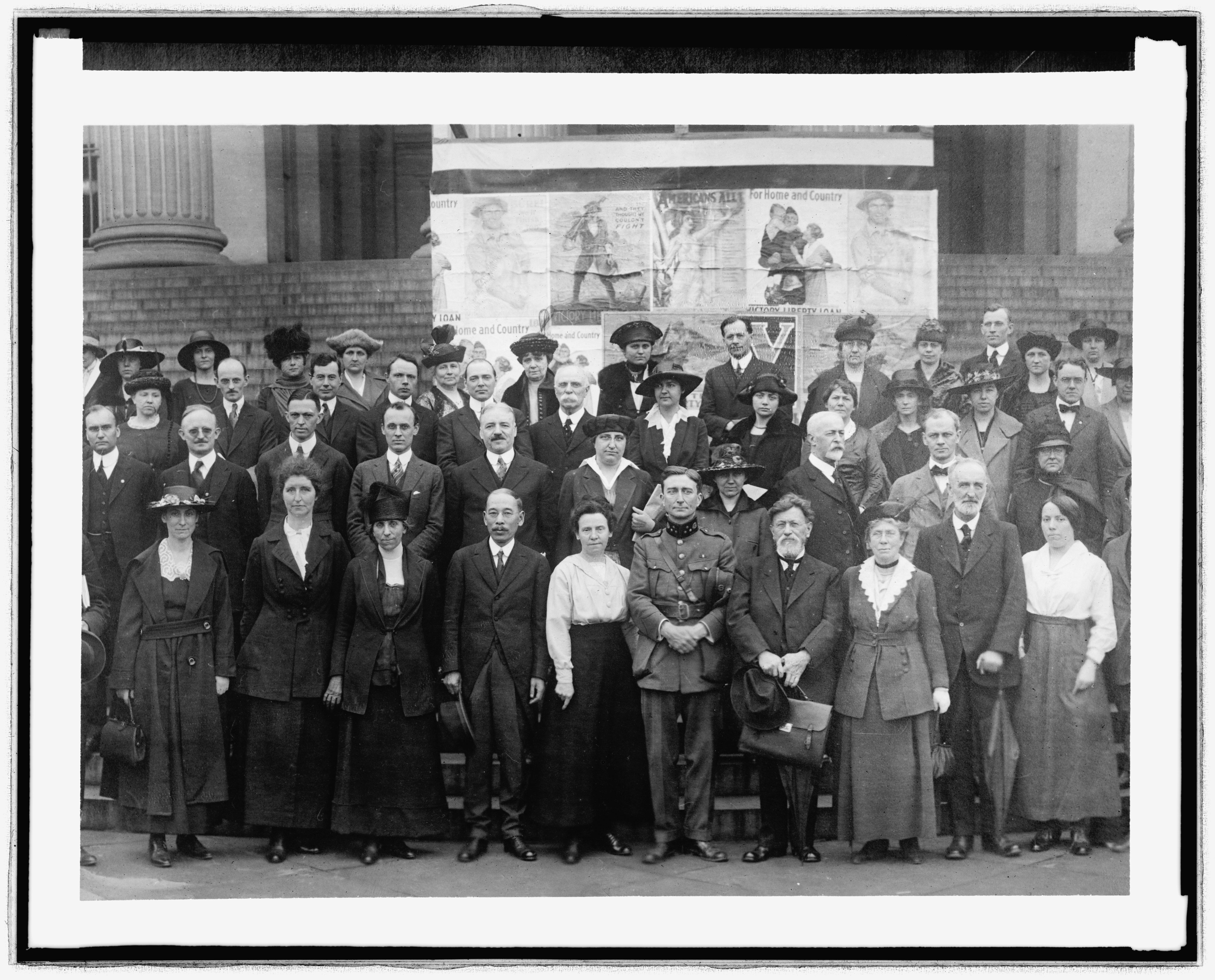 File:LC-DIG-npcc-33232 White House Conf 1919 (8448452444