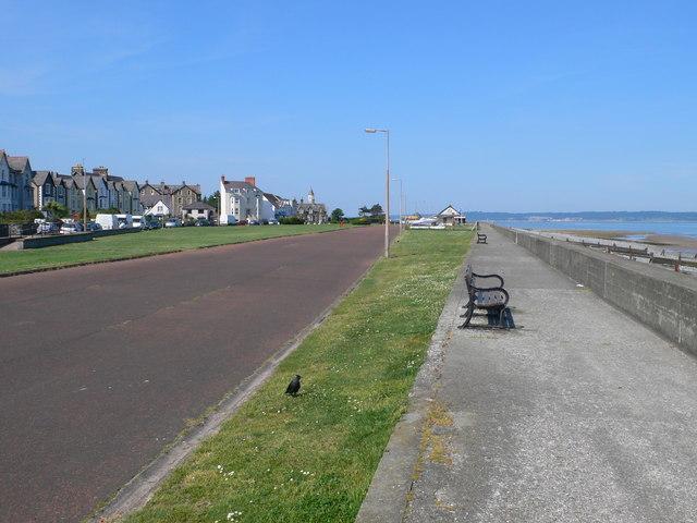 Llanfairfechan promenade - geograph.org.uk - 1334537