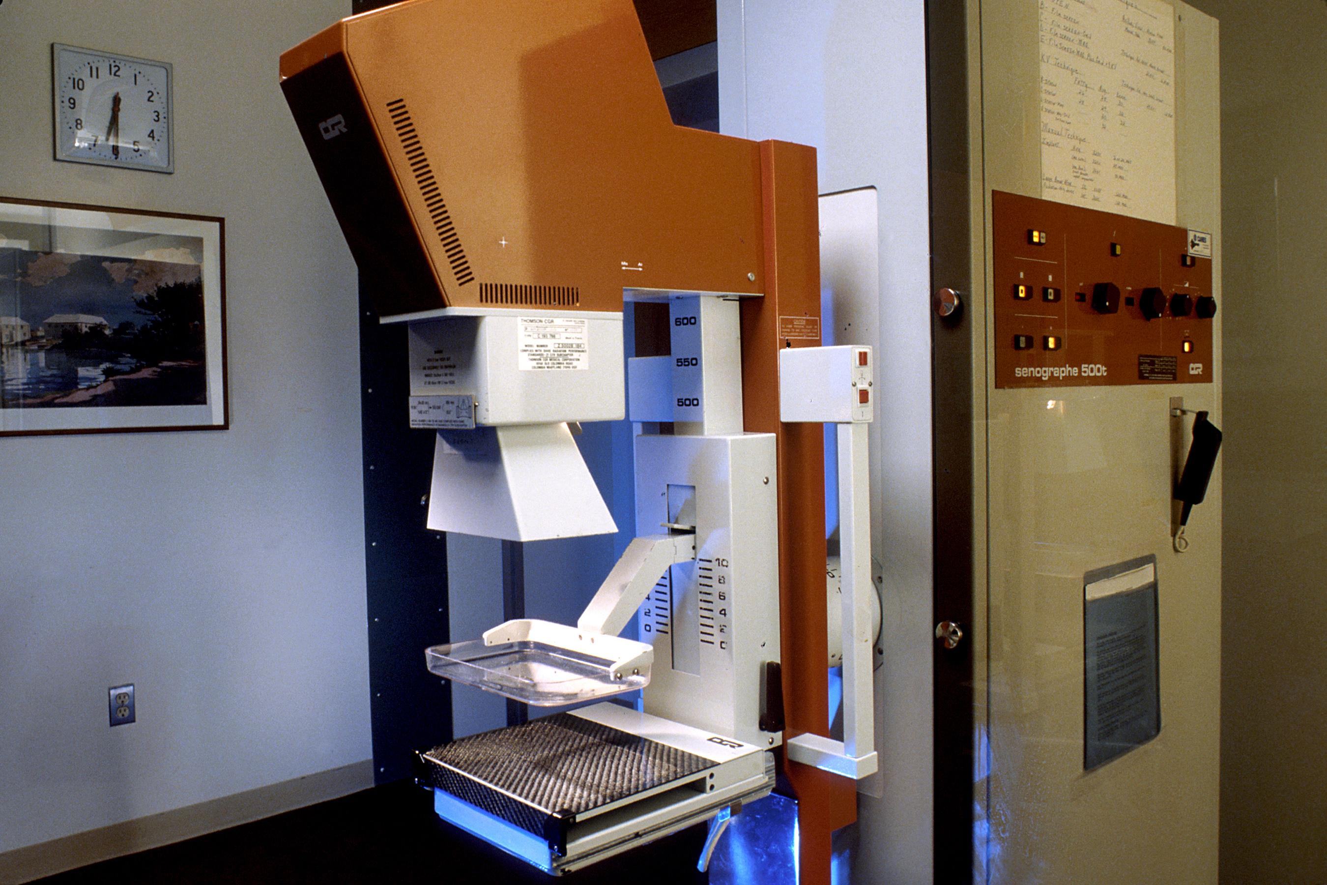 mamogram machine