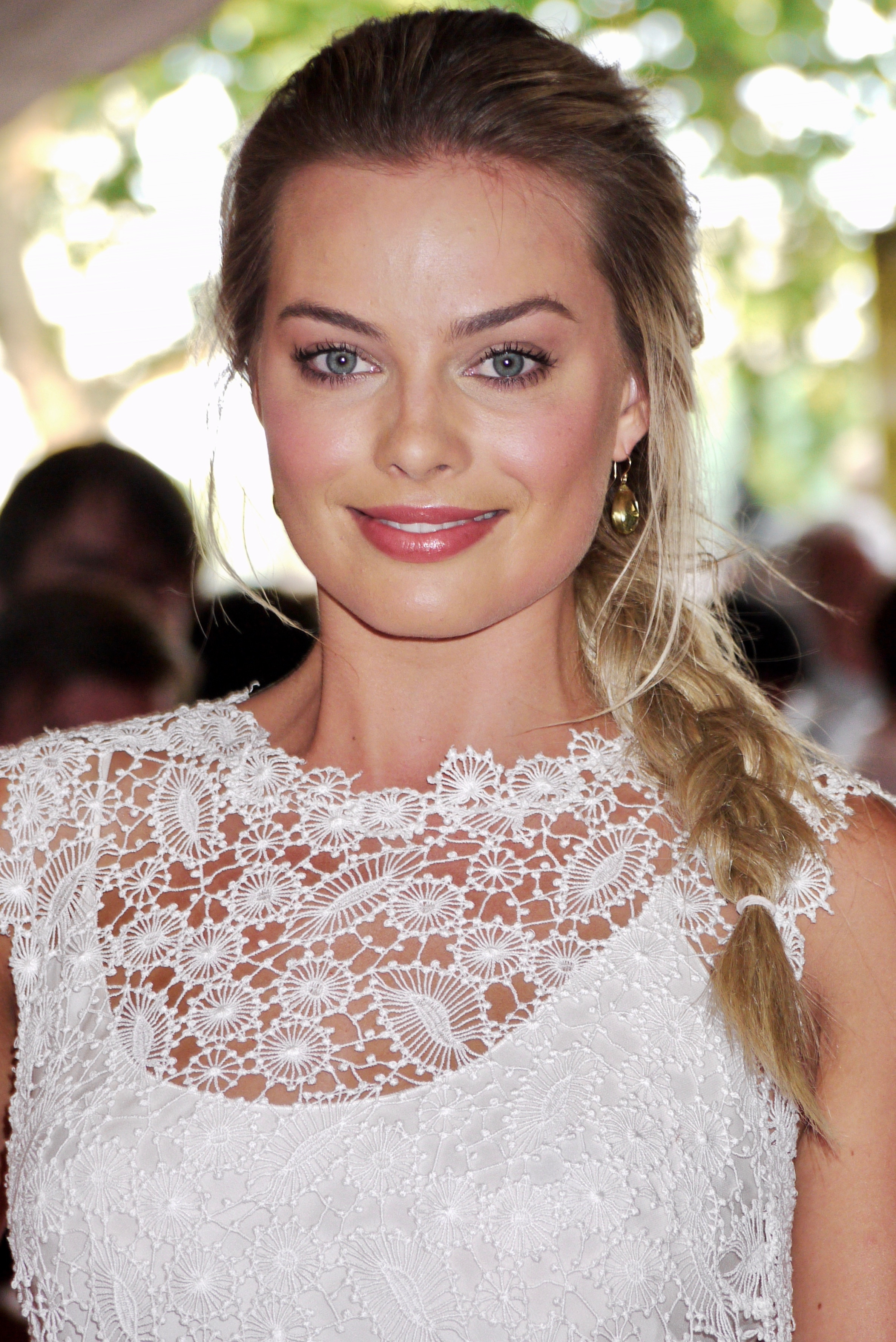 Margot Robbie - Wikipedia