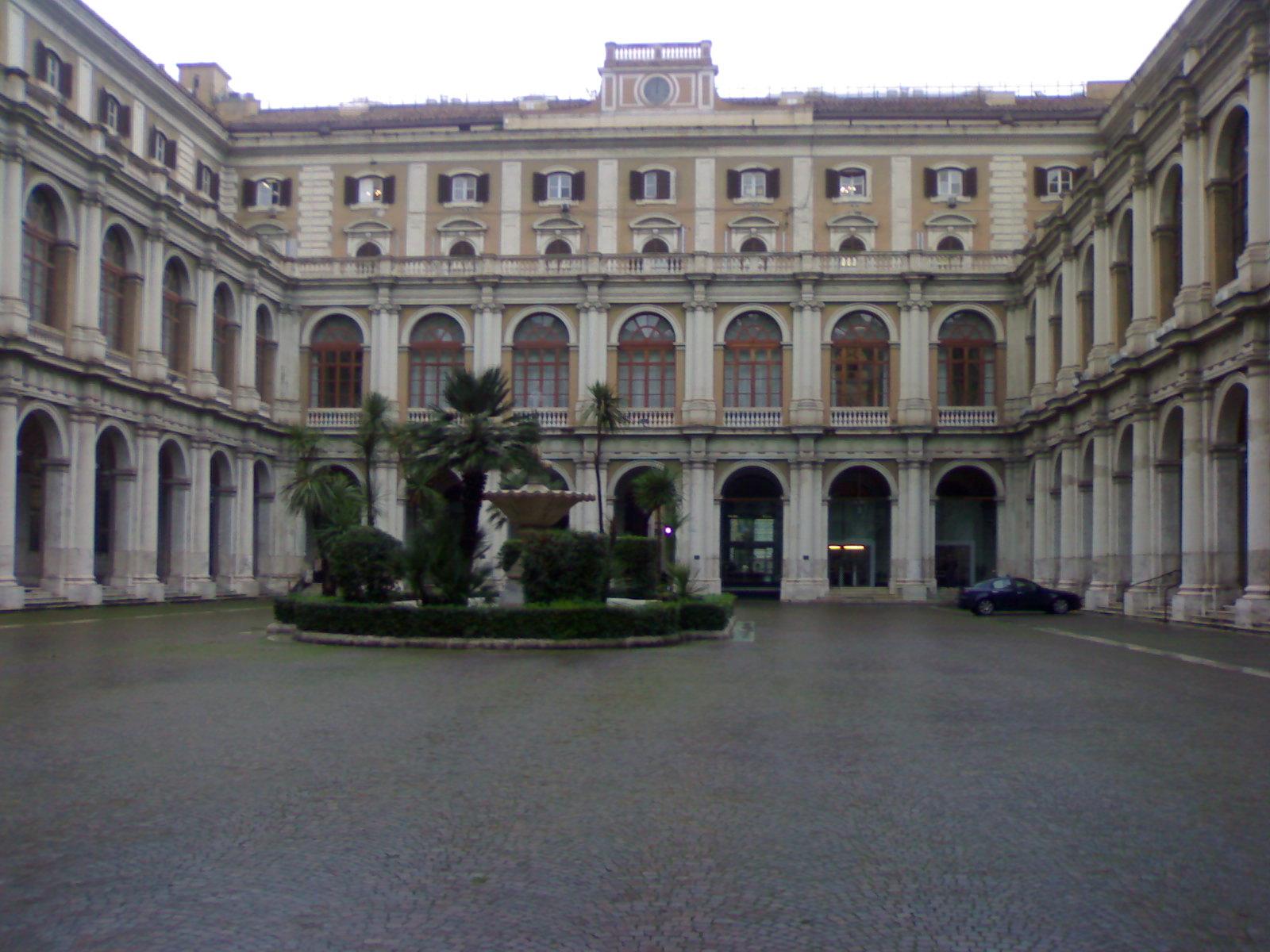 File Ministero Dell 39 Economia E Delle Wikipedia