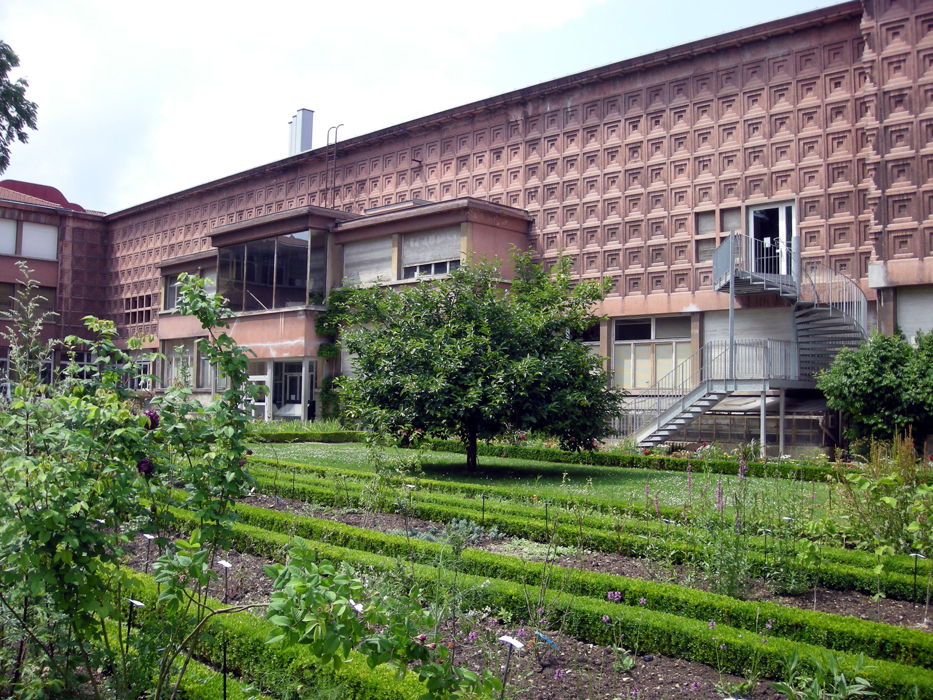 Jardin dominique alexandre godron wikiwand for Alexandre jardin wikipedia