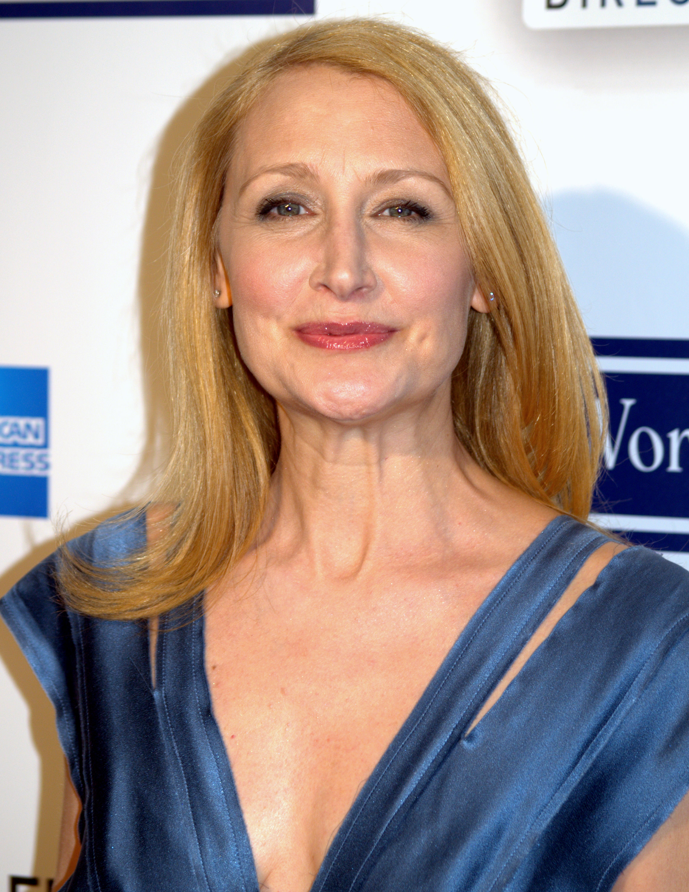 The 57-year old daughter of father Arthur Clarkson and mother Jackie Clarkson, 165 cm tall Patricia Clarkson in 2017 photo