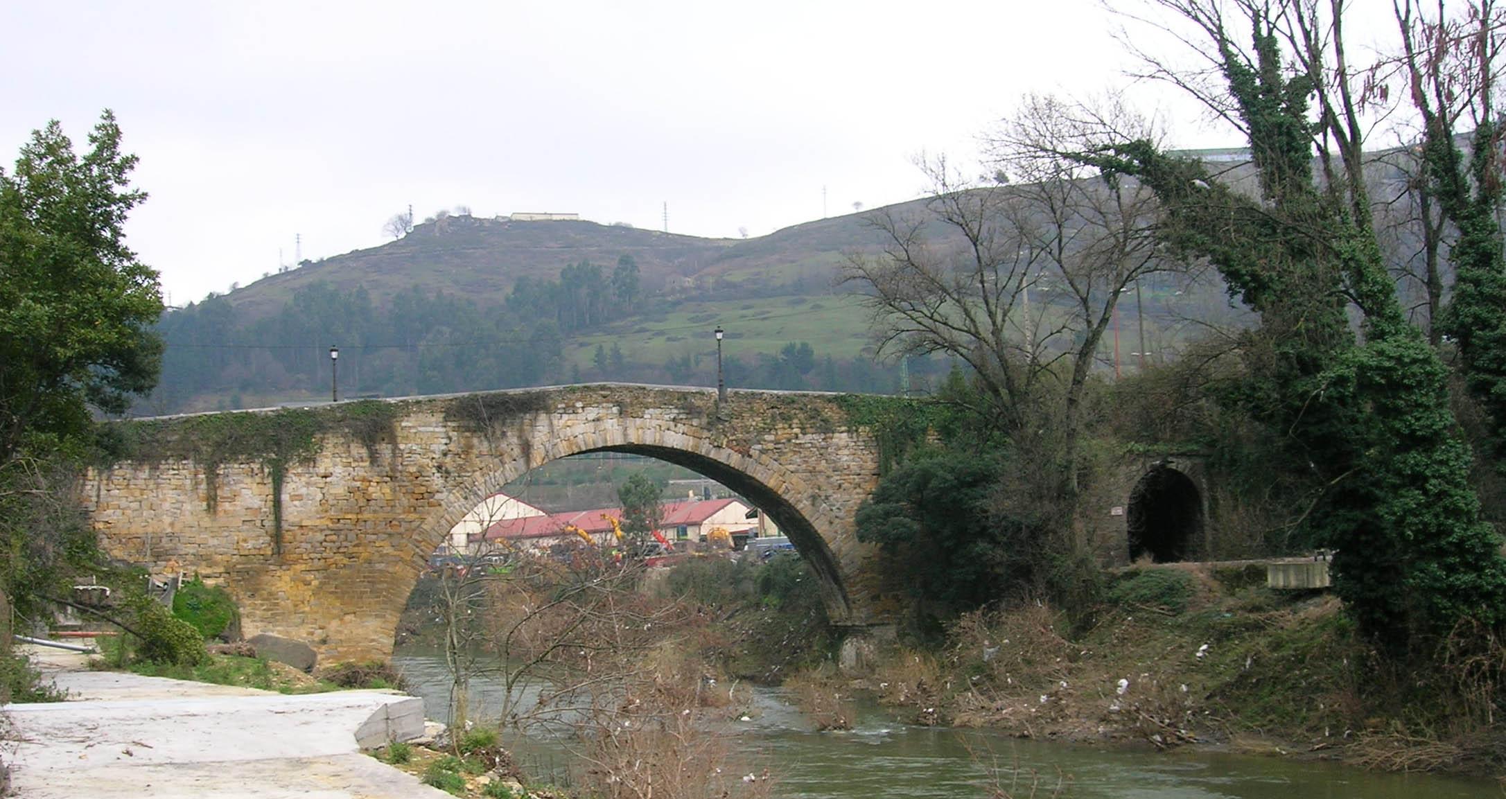 File Puente Del Diablo Sobre El Rio Cadagua Jpg Wikimedia Commons